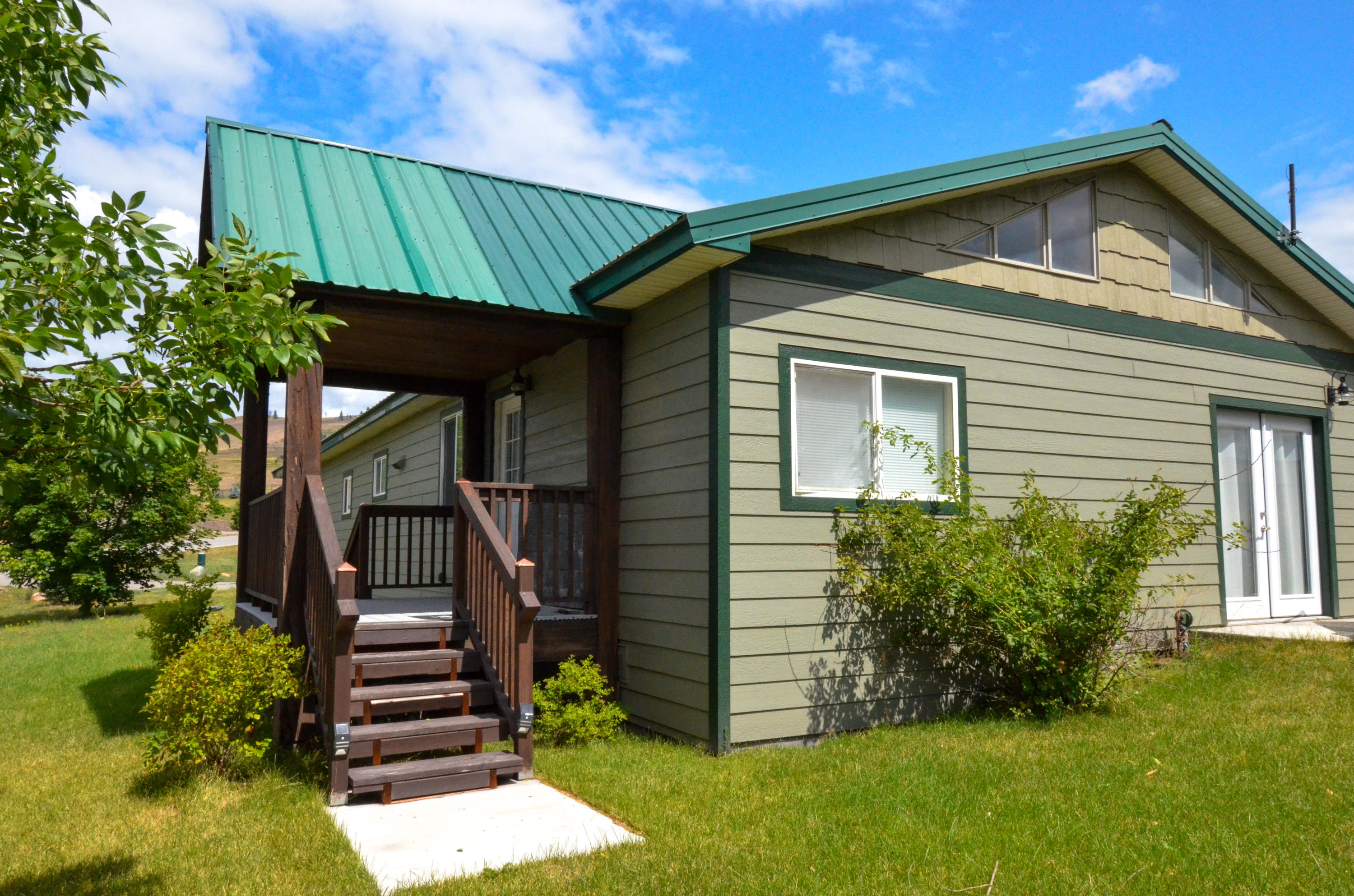Property Image #1 for MLS #21913871