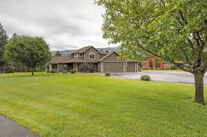 10692 Nez Perce Loop, Lolo, MT 59847