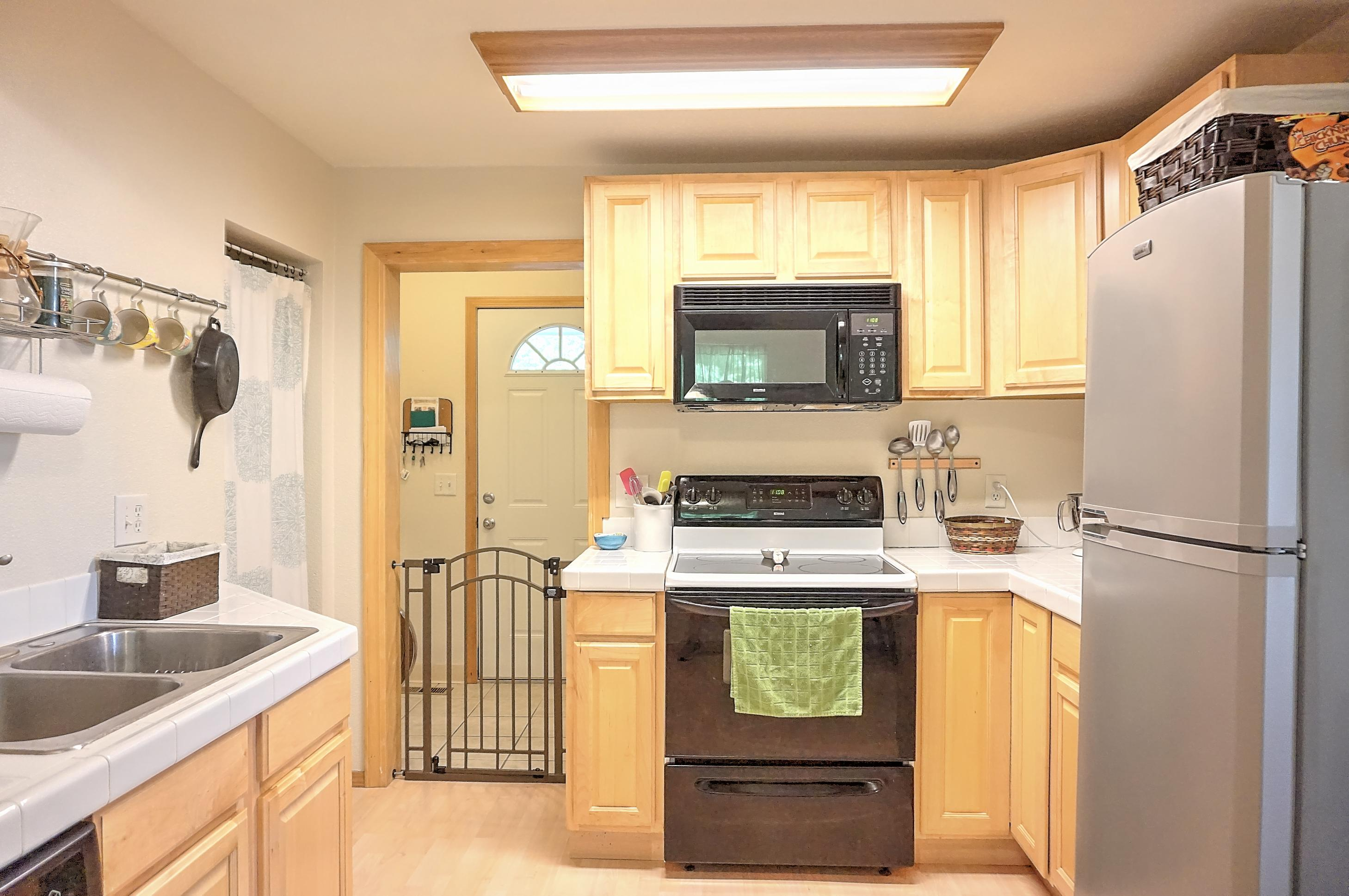 Property Image #4 for MLS #21914064