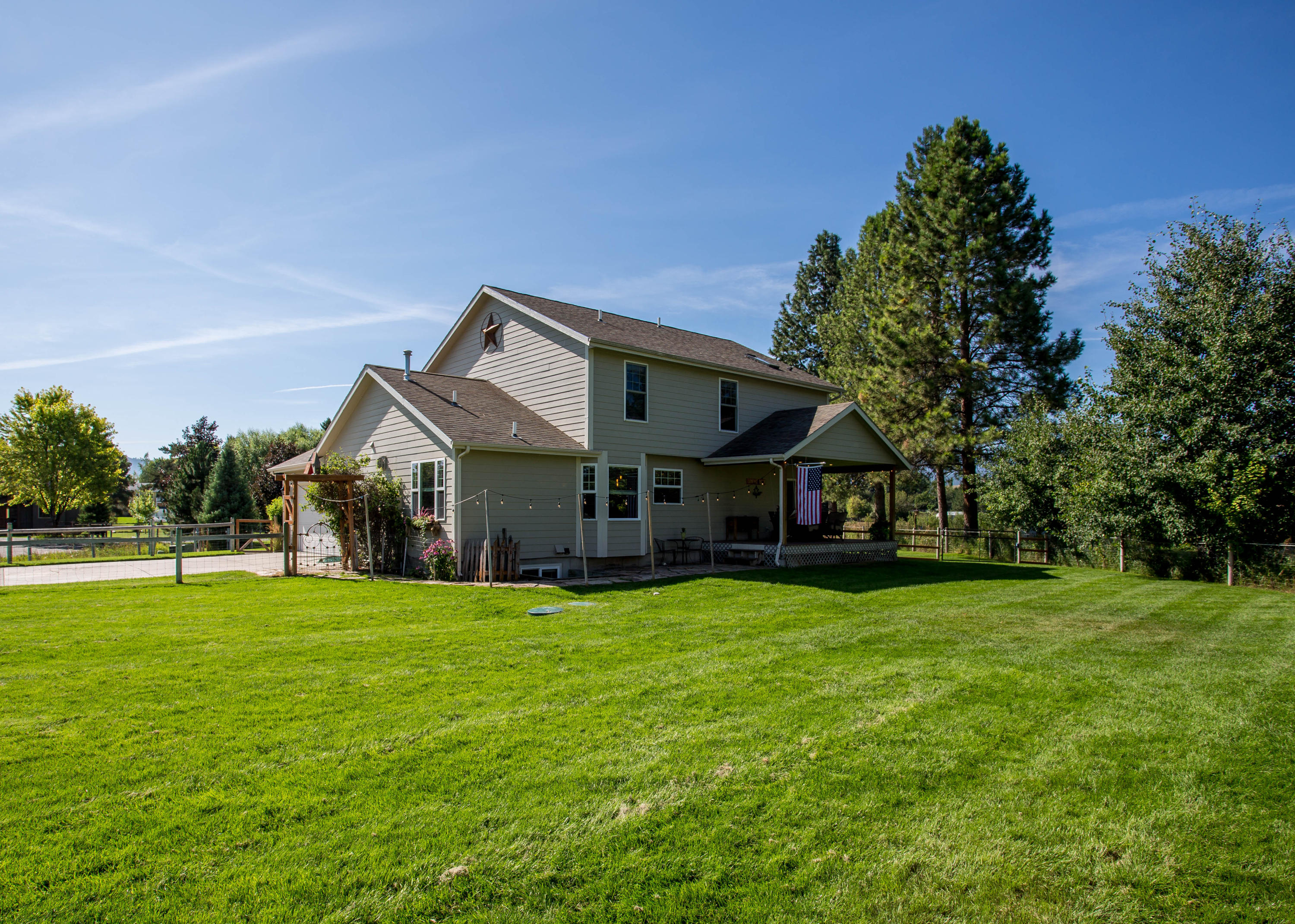 Property Image #2 for MLS #21914267