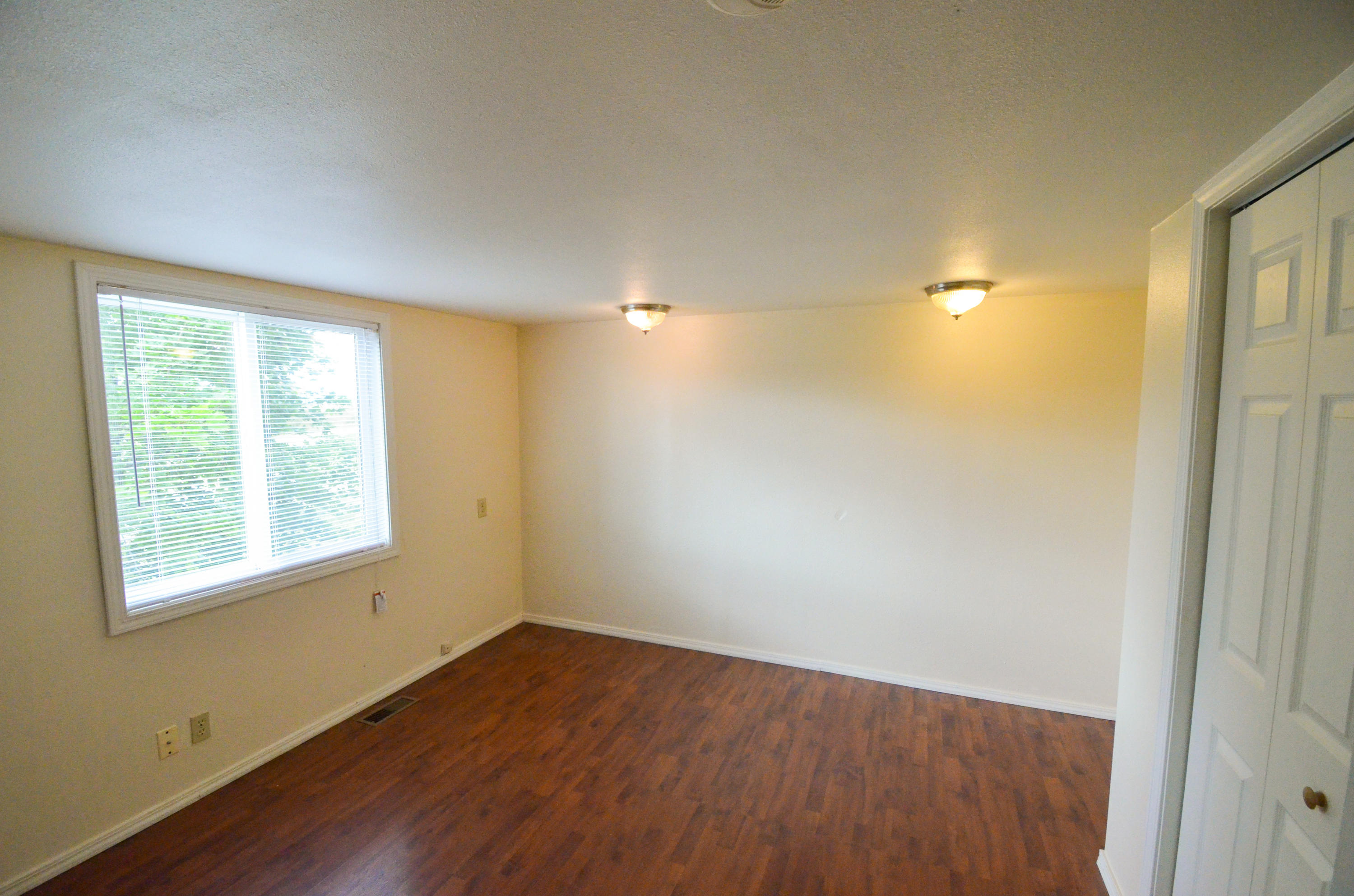 Property Image #2 for MLS #21913871