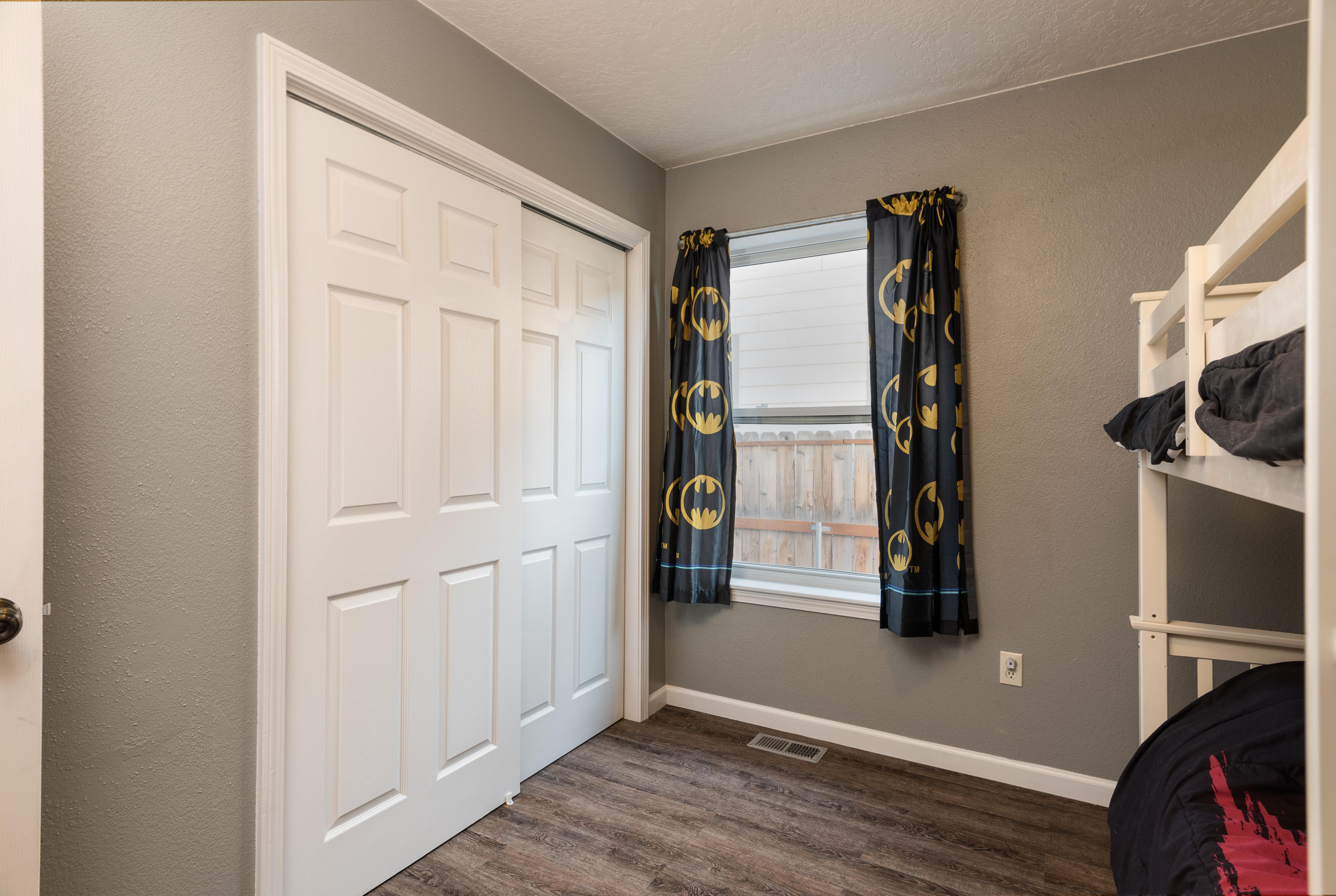 Property Image #2 for MLS #21915117