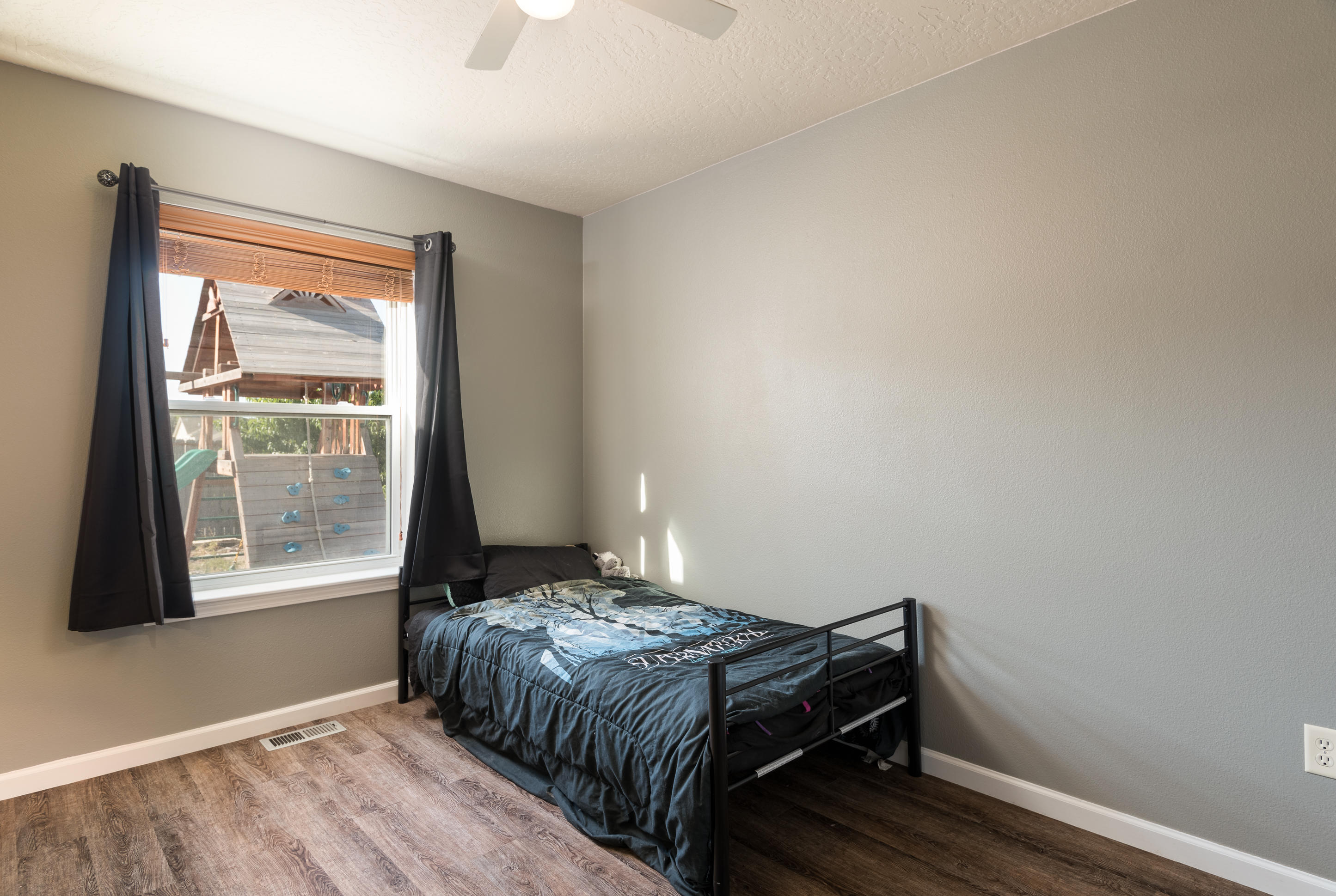Property Image #4 for MLS #21915117