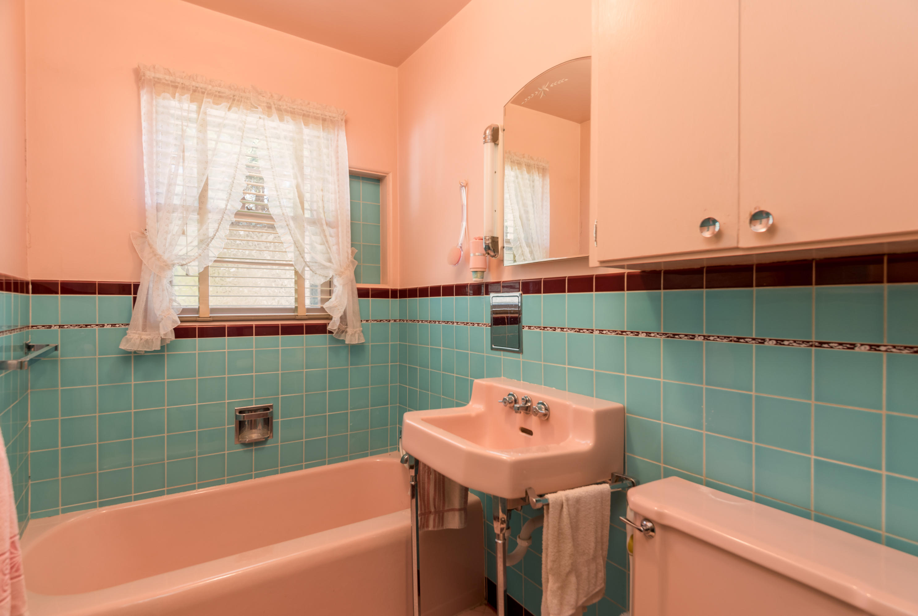 Property Image #4 for MLS #21915126