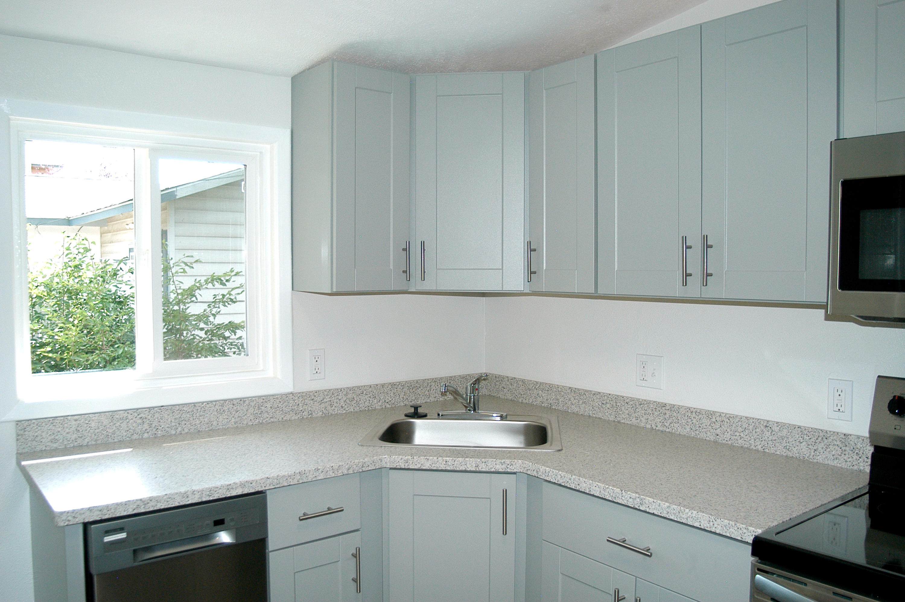 Property Image #2 for MLS #21915106