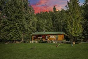 2070 Blacktail Road, Lakeside, MT 59922