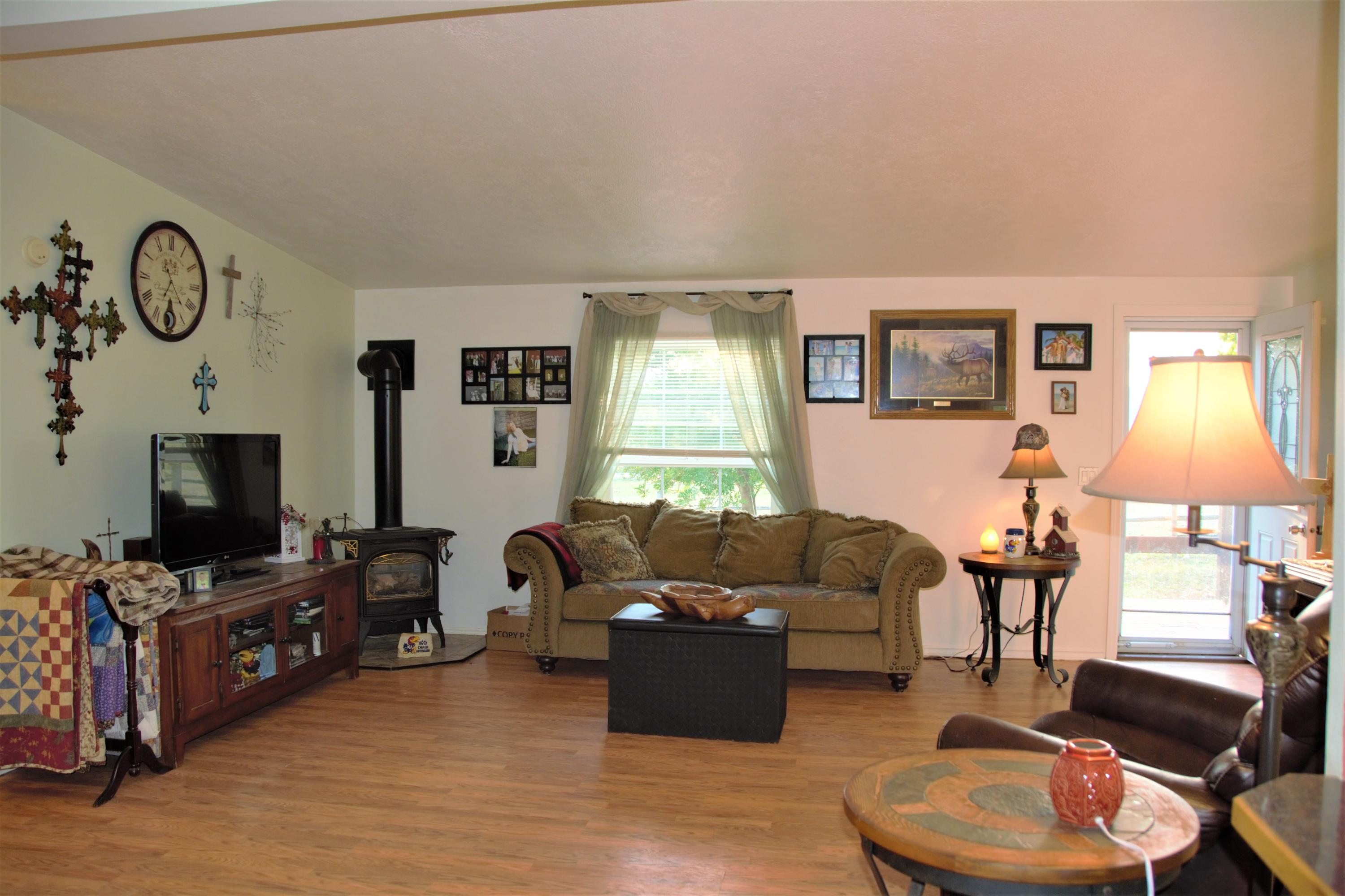 Property Image #2 for MLS #21915184