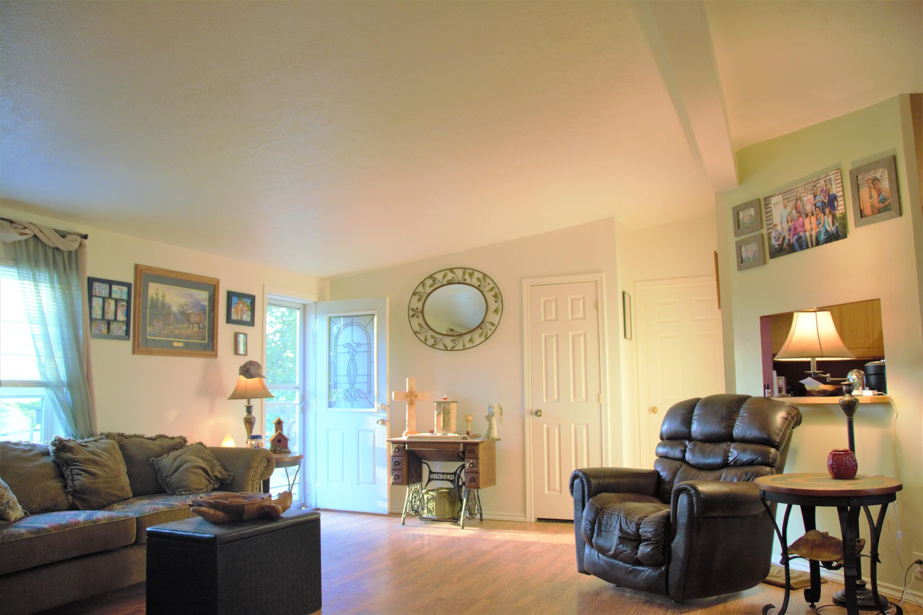 Property Image #3 for MLS #21915184