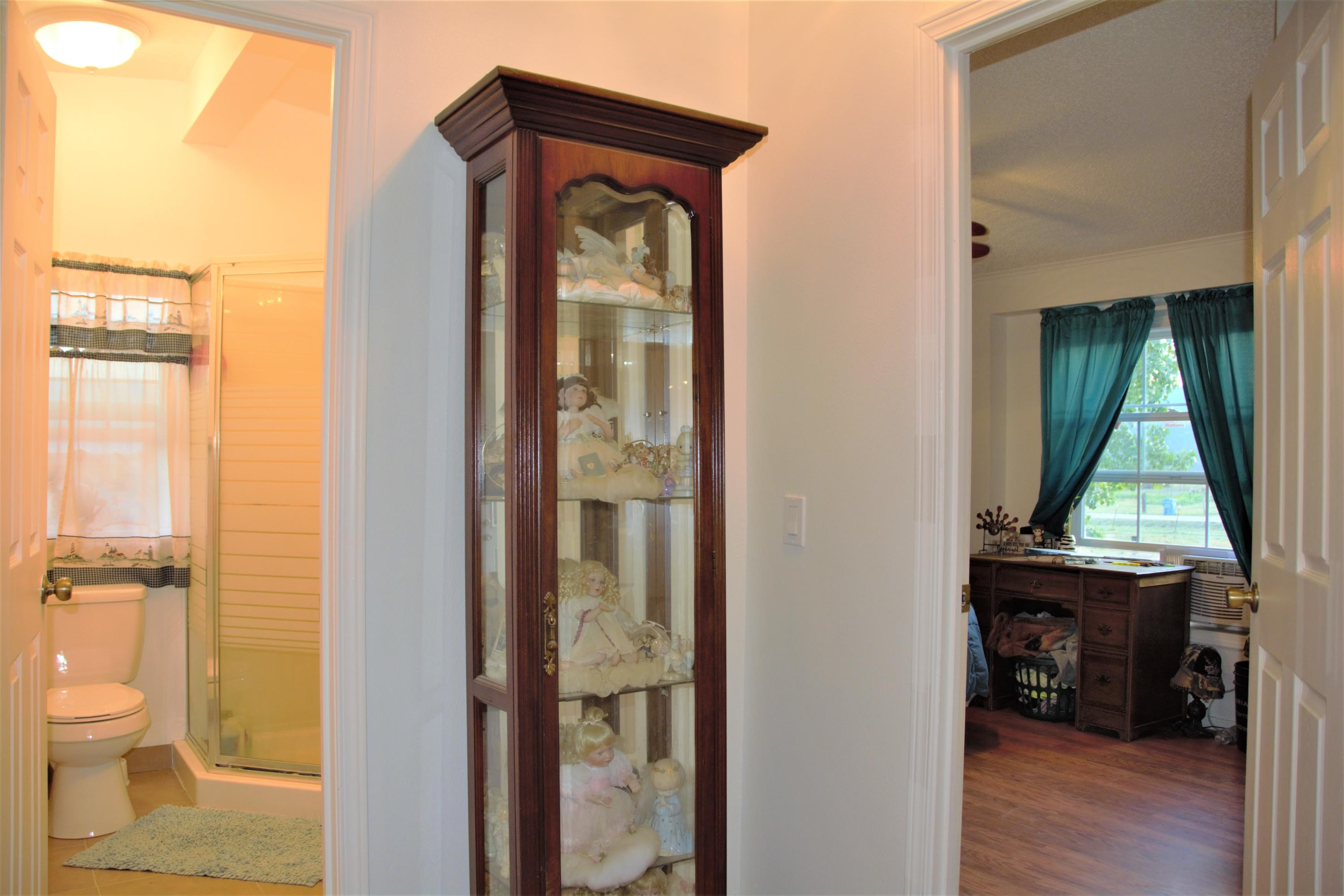 Property Image #4 for MLS #21915184