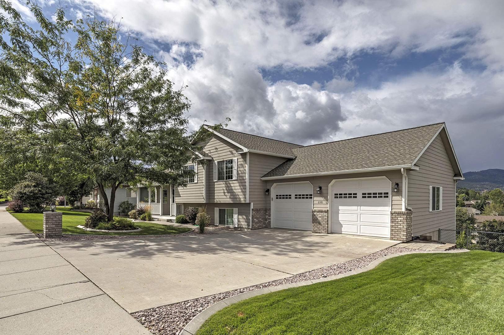 Property Image #1 for MLS #21915407