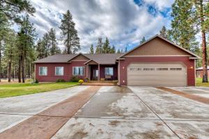 173 North Kootenai Creek Road, Stevensville, MT 59870