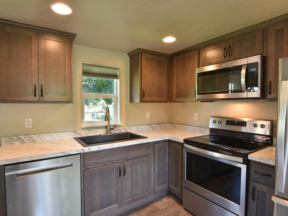 Property Image #2 for MLS #21915584