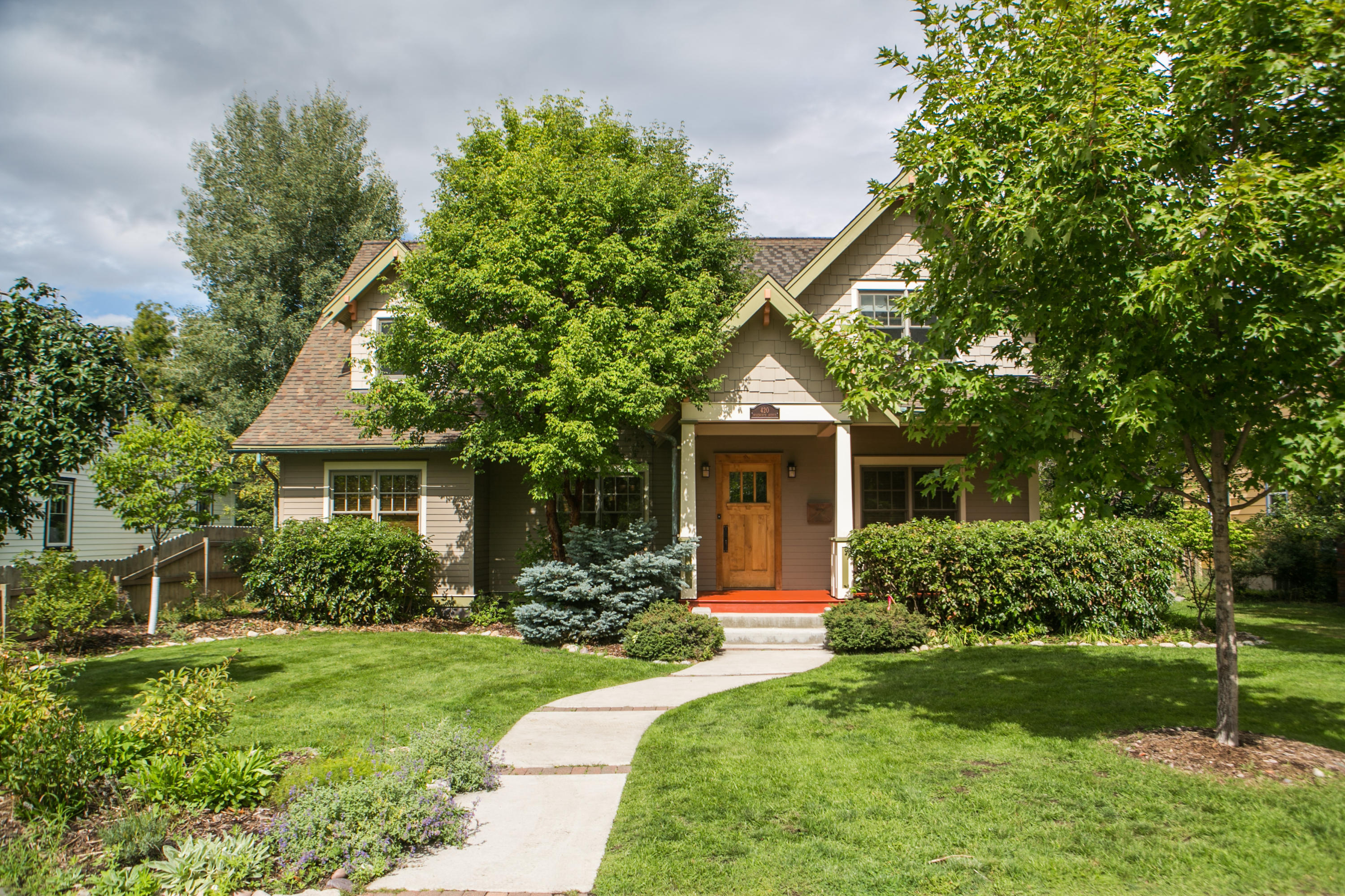 Property Image #1 for MLS #21915744