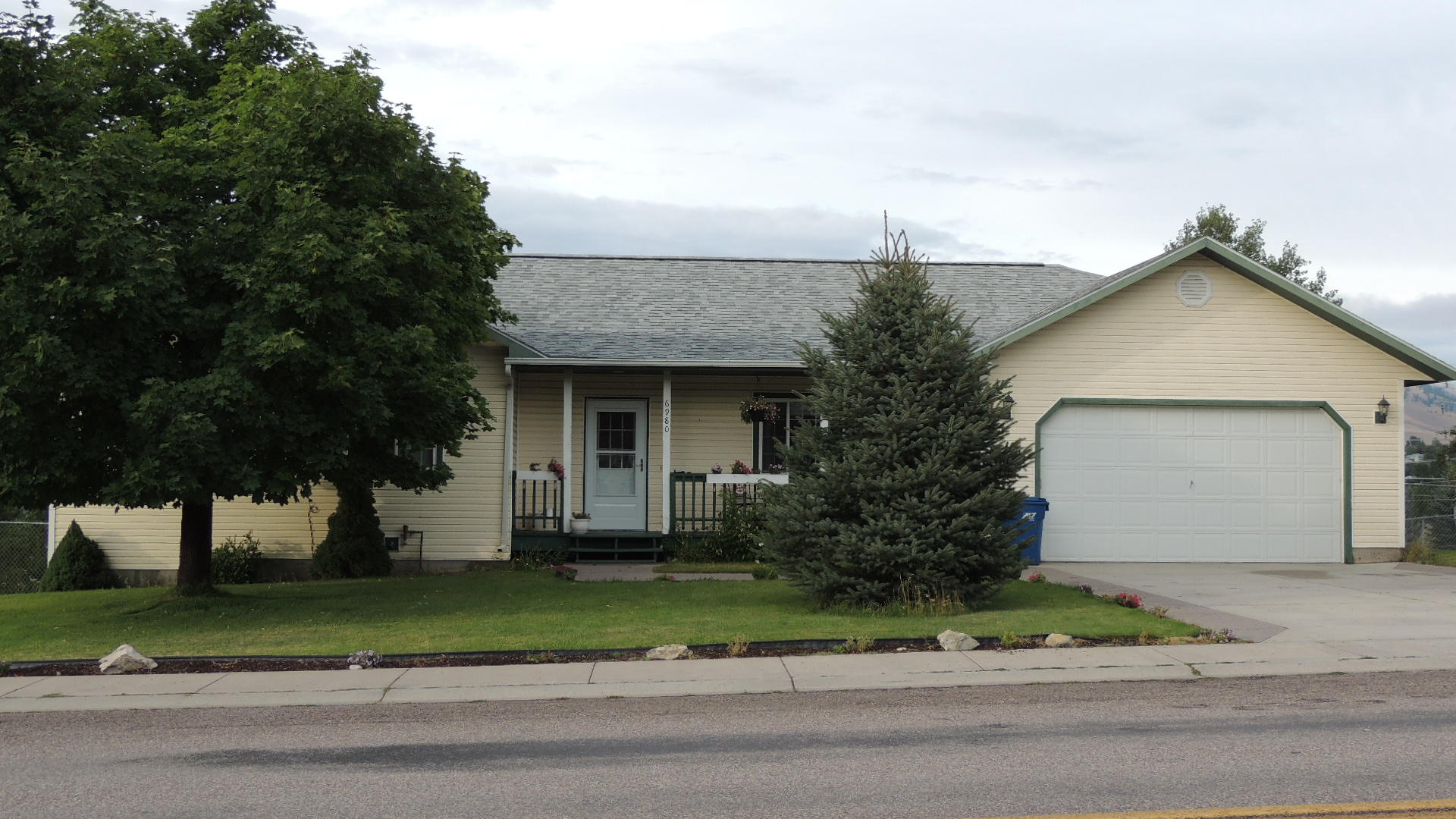 Property Image #1 for MLS #21915799