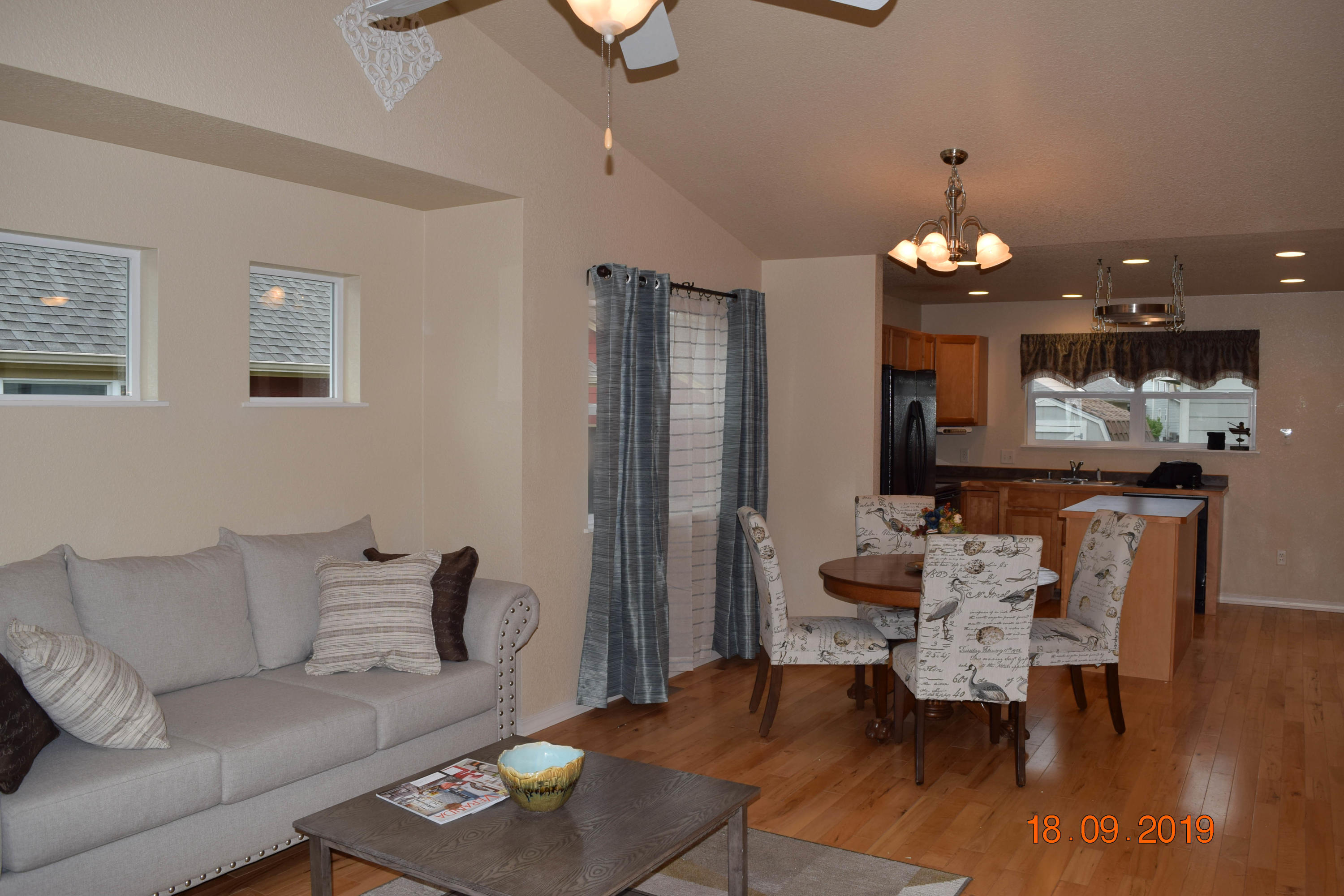 Property Image #4 for MLS #21915883