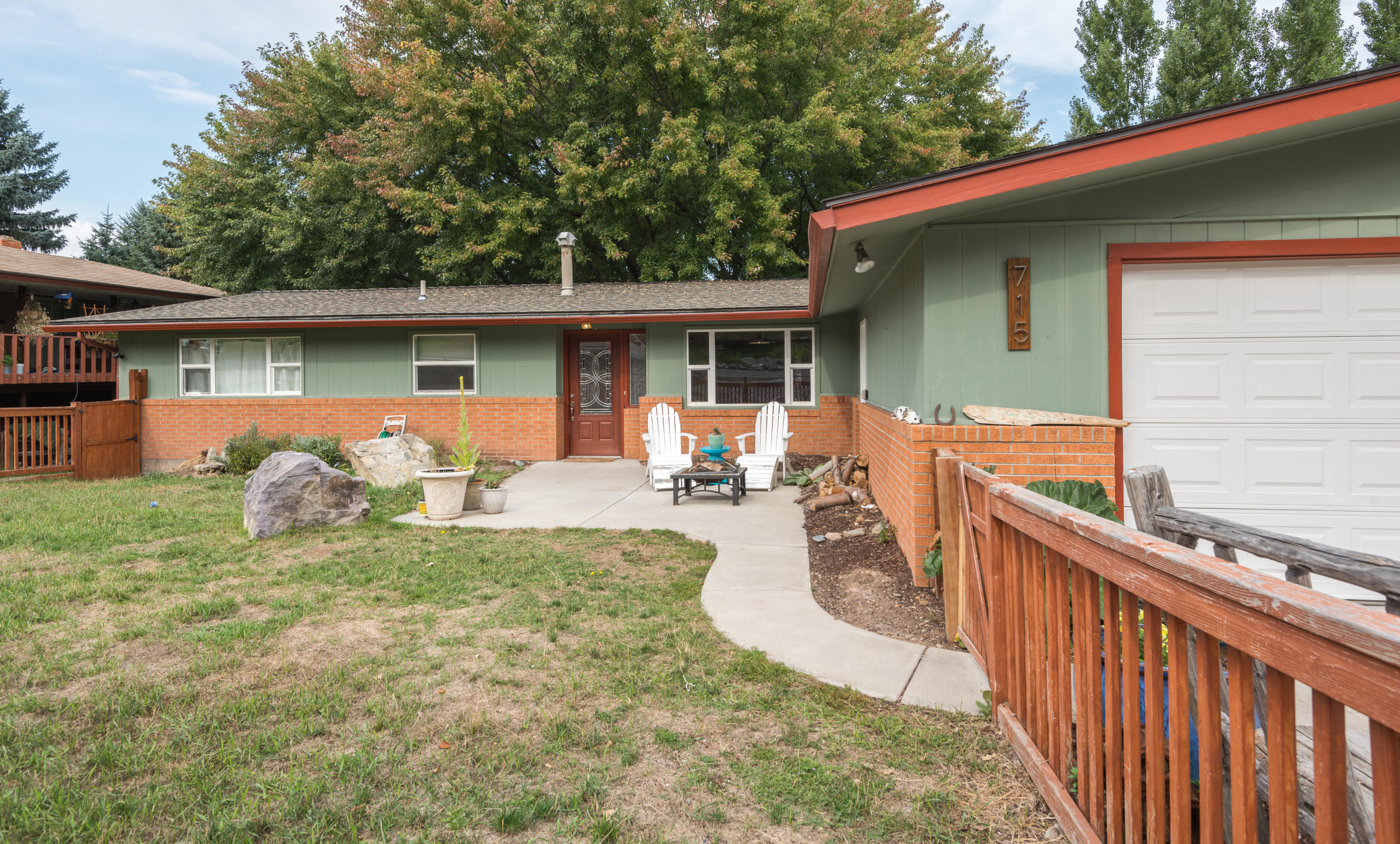 Property Image #1 for MLS #21915908