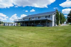 312 Three Pond Drive, Hamilton, MT 59840