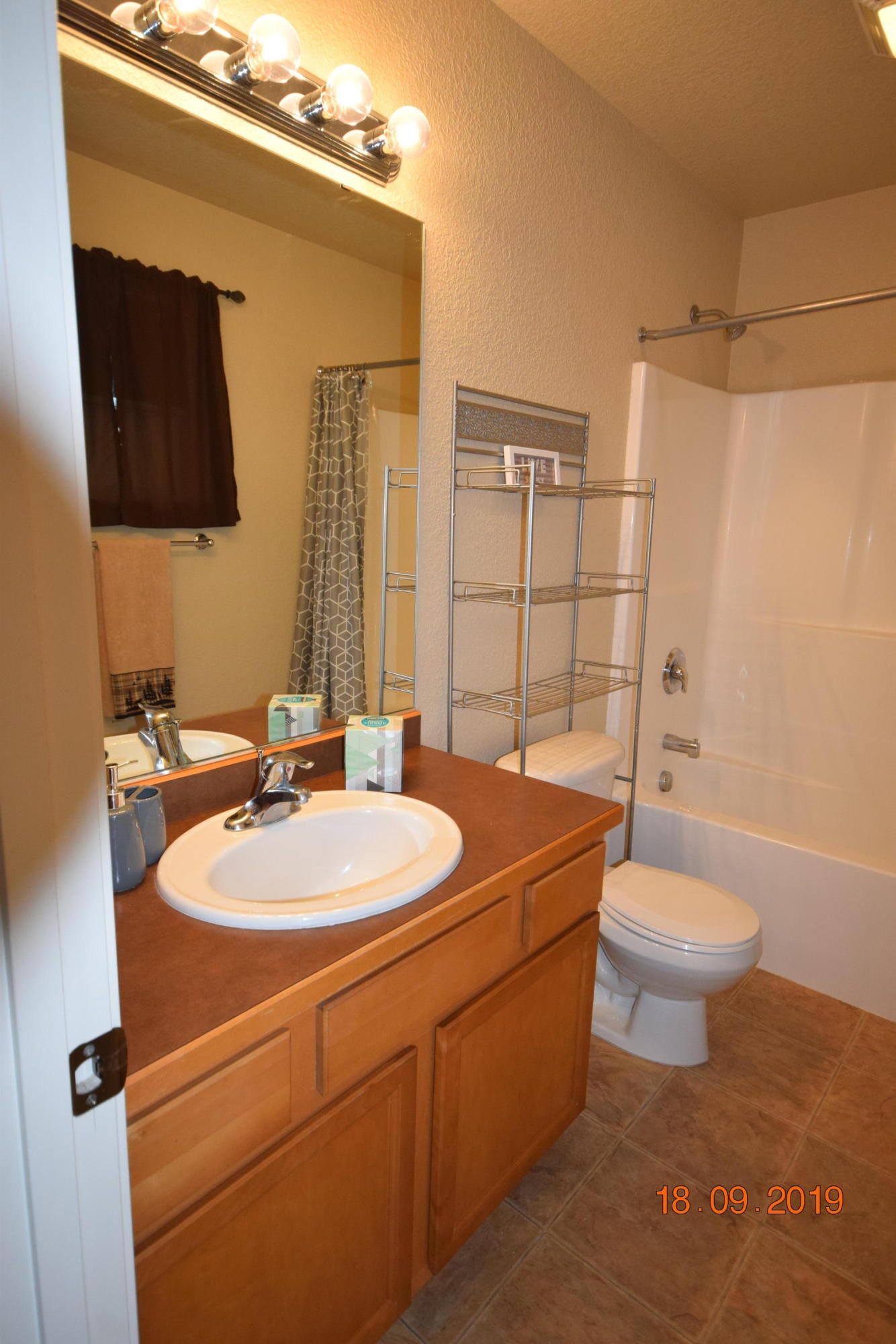 Property Image #2 for MLS #21915883