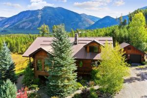 11500 Belton Point Road, West Glacier, MT 59936