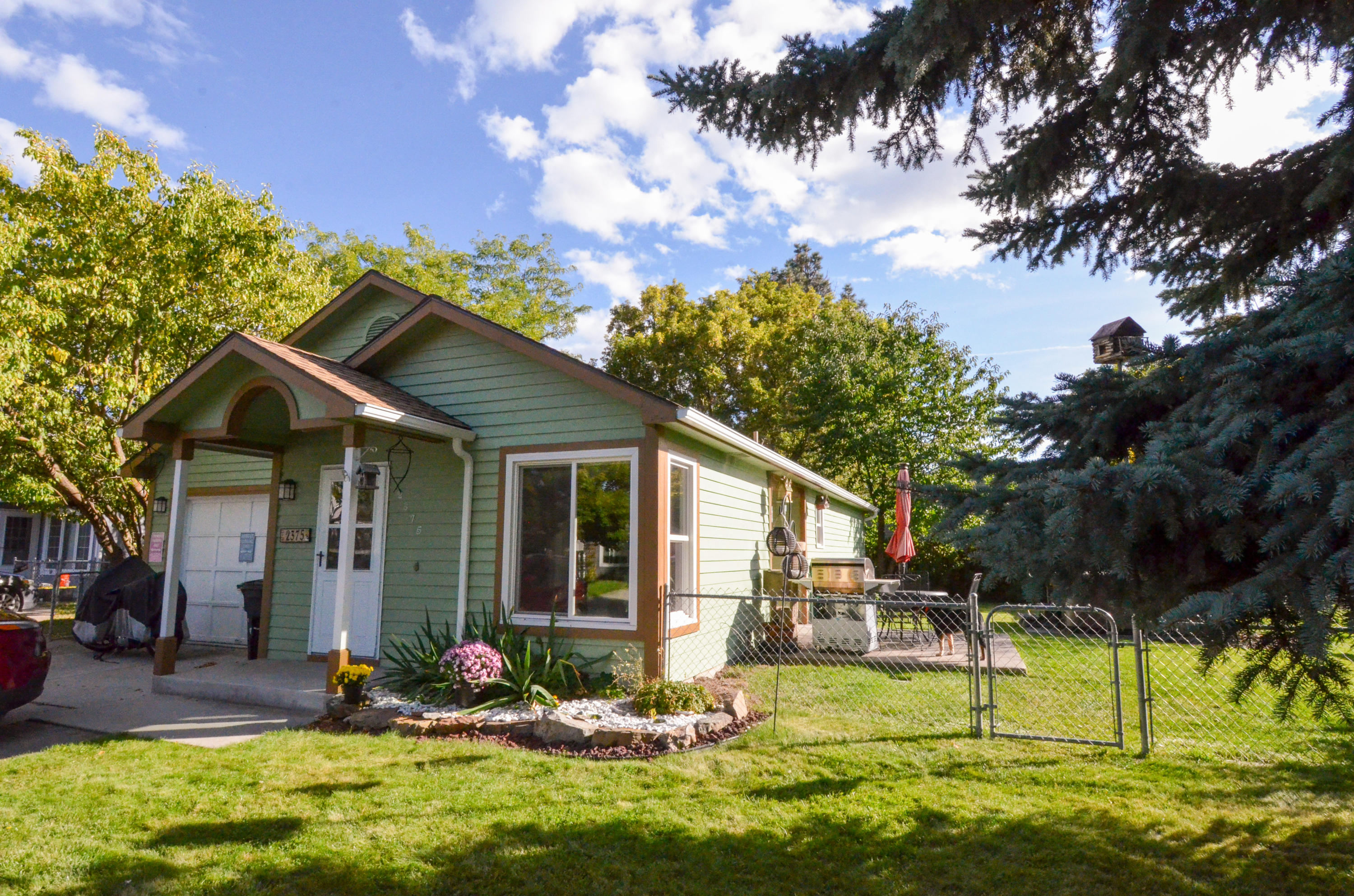 Property Image #1 for MLS #21916211