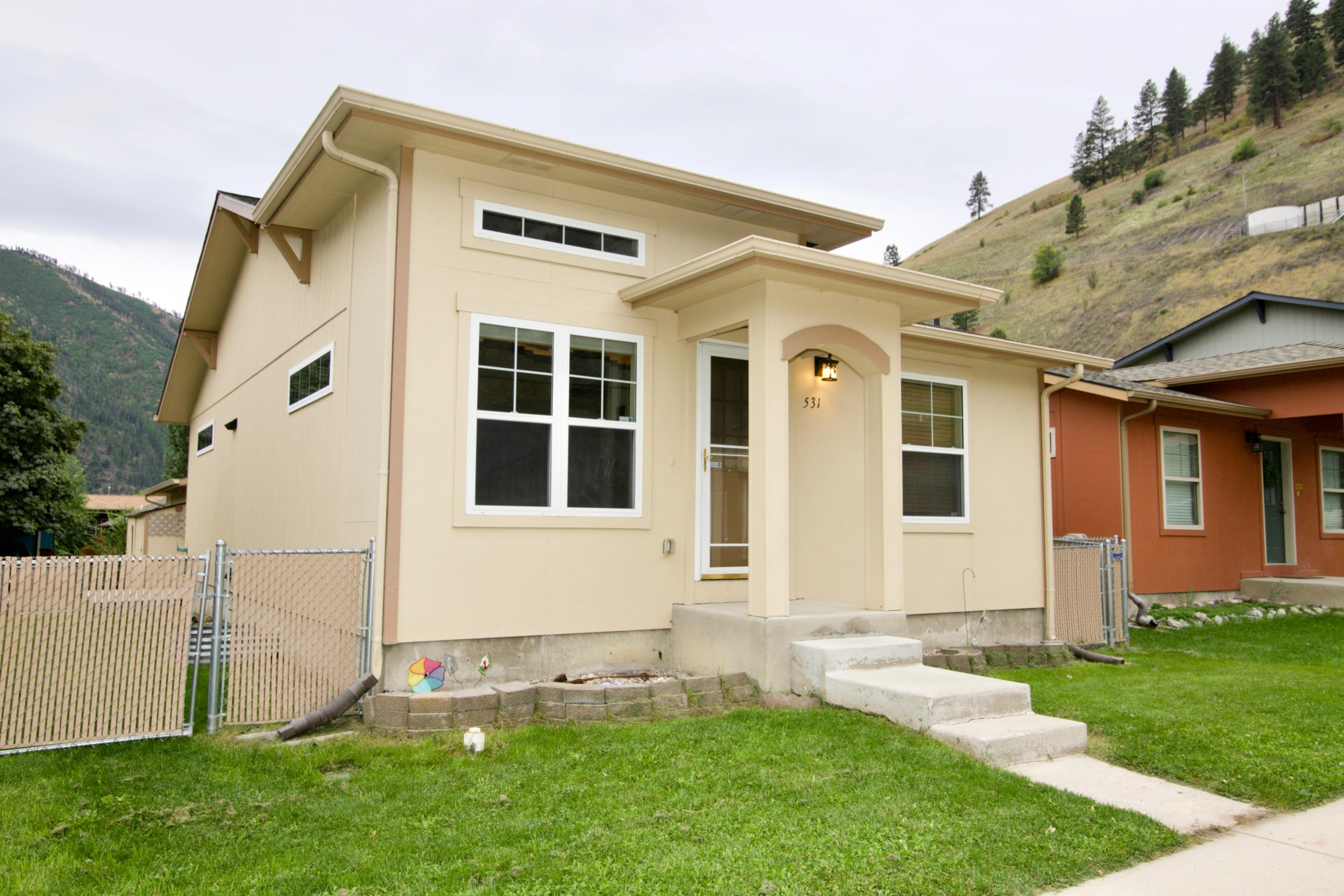 Property Image #1 for MLS #21916214