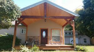 1006 South East Street, Corvallis, MT 59828