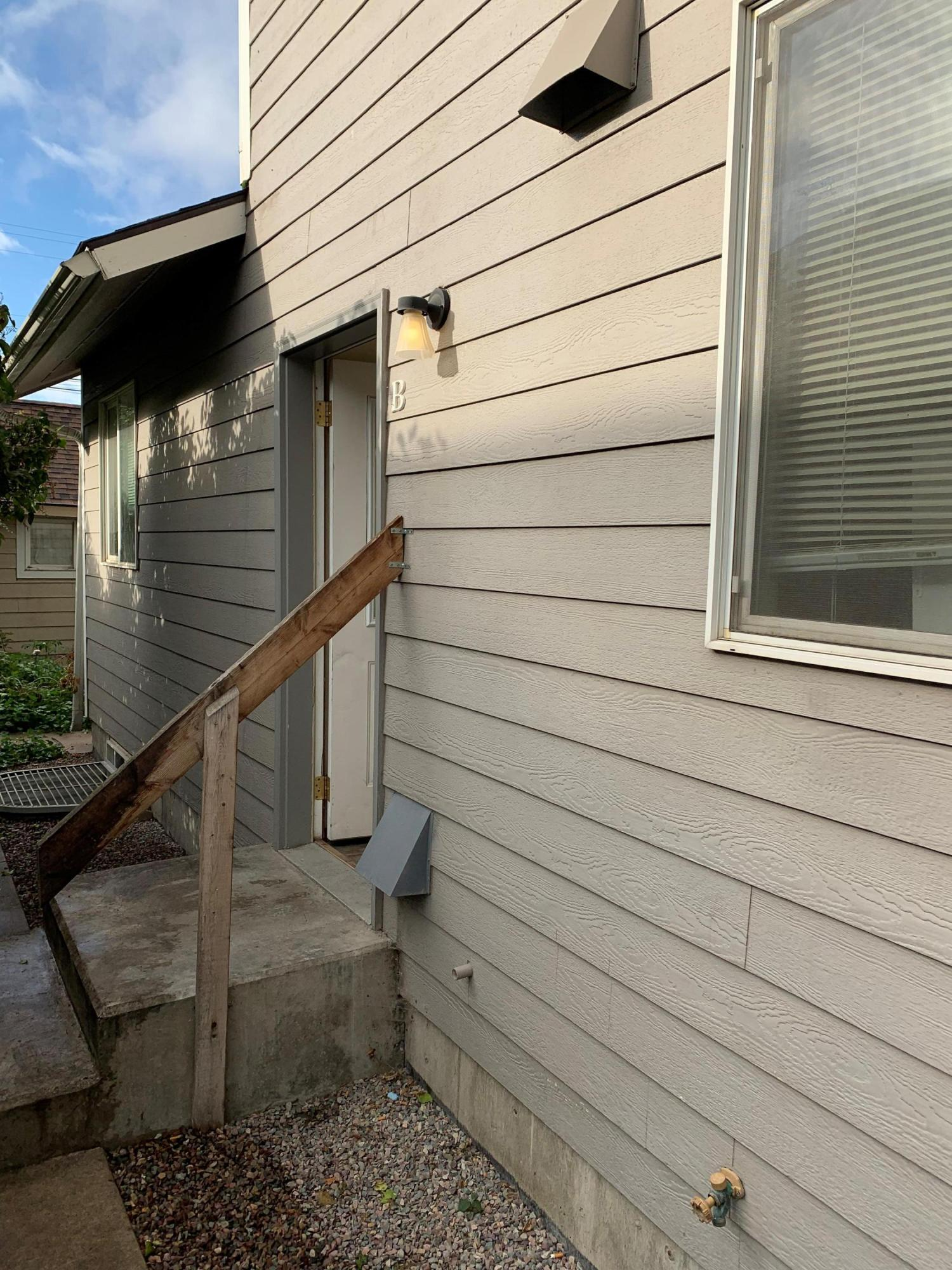 Property Image #2 for MLS #21916441