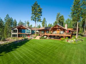 39985 Lodge Lane, Lakeside, MT 59922