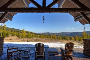 4505 Star Meadows Drive, Whitefish, MT 59937