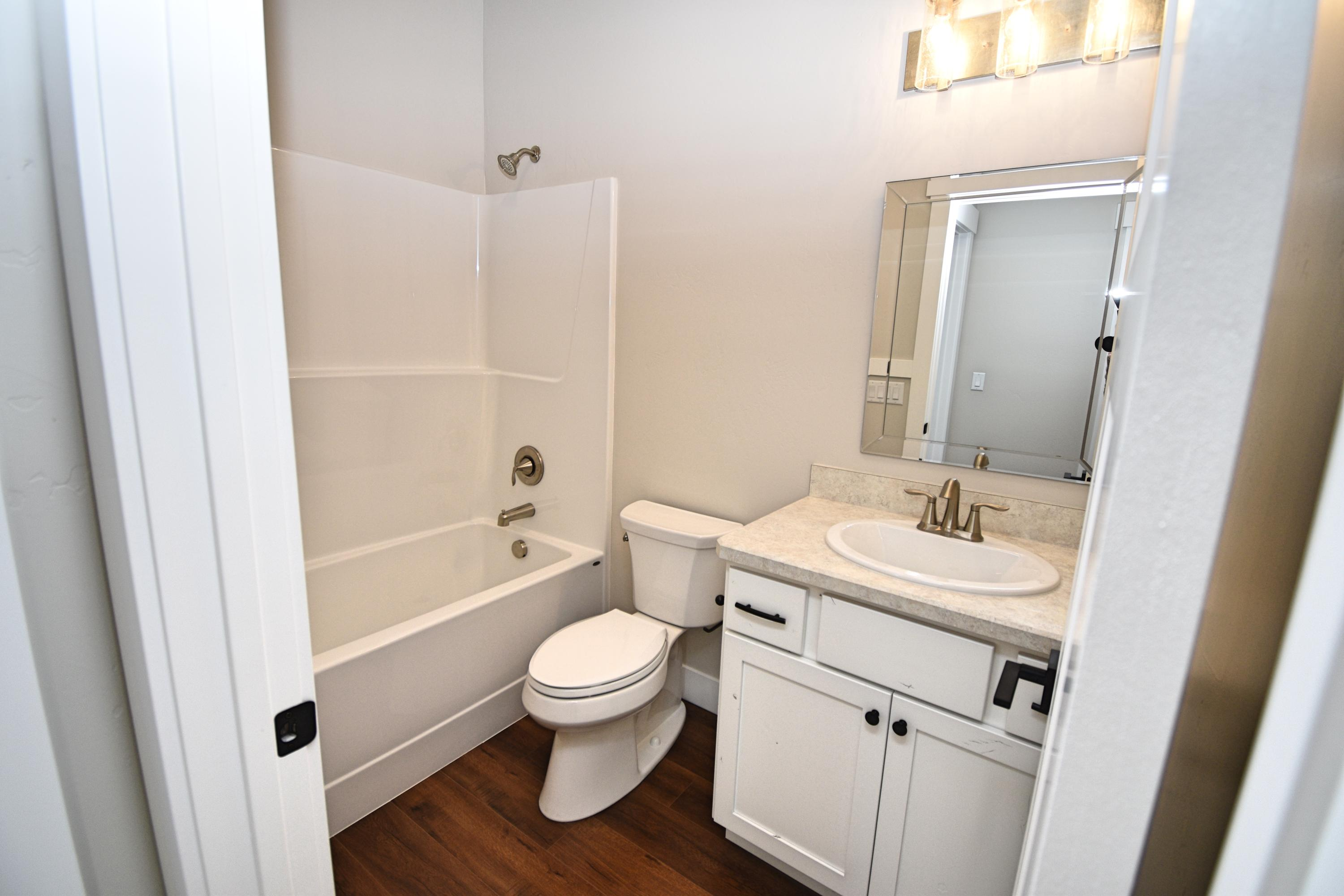 Property Image #14 for MLS #21915683