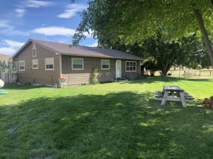 53 Mccoy Creek Road East, Darby, MT 59829