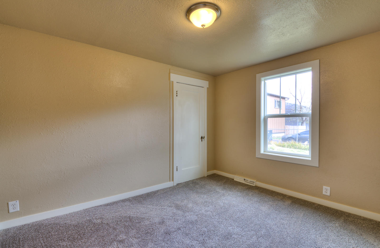 Property Image #15 for MLS #21917485