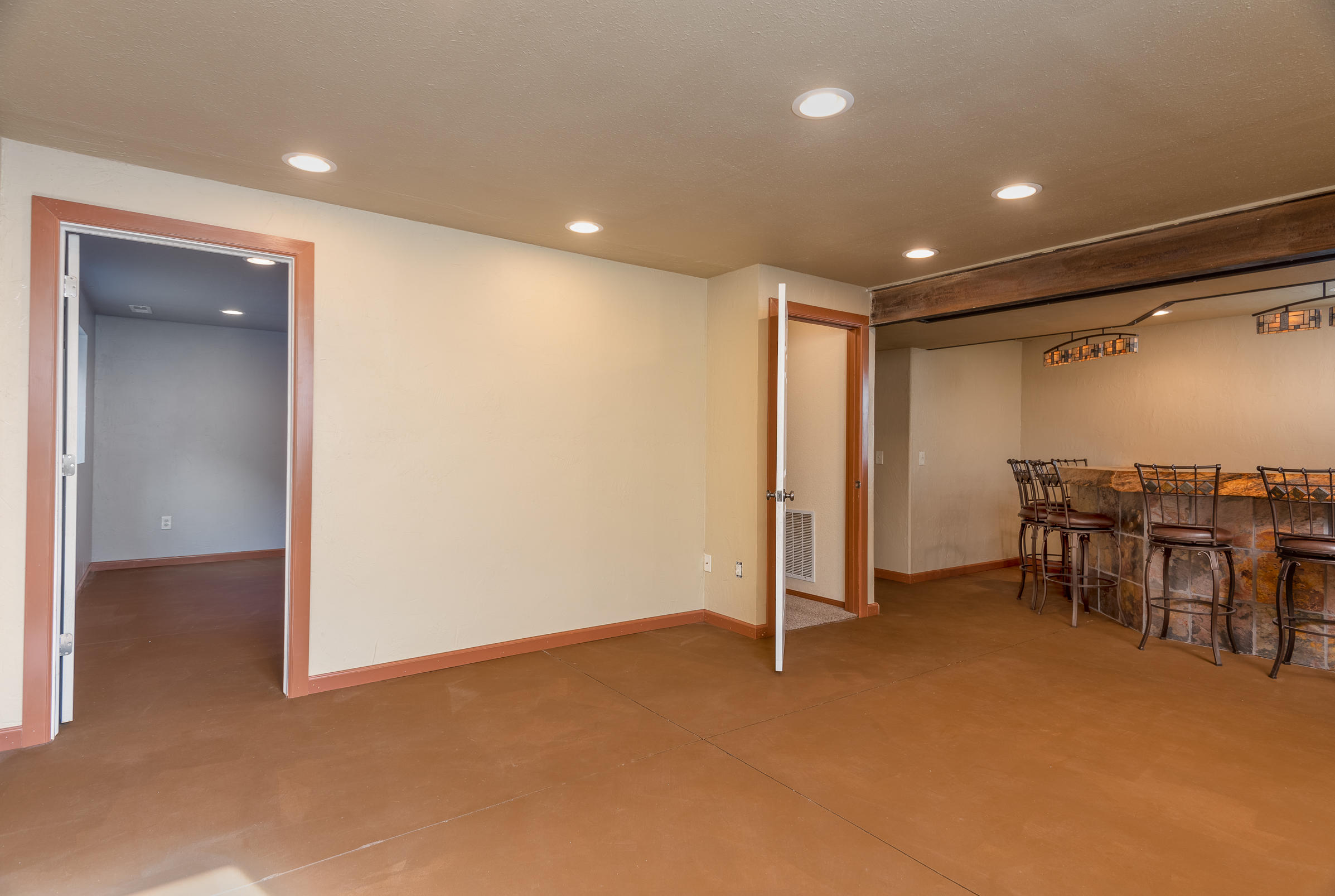 Property Image #14 for MLS #21917558