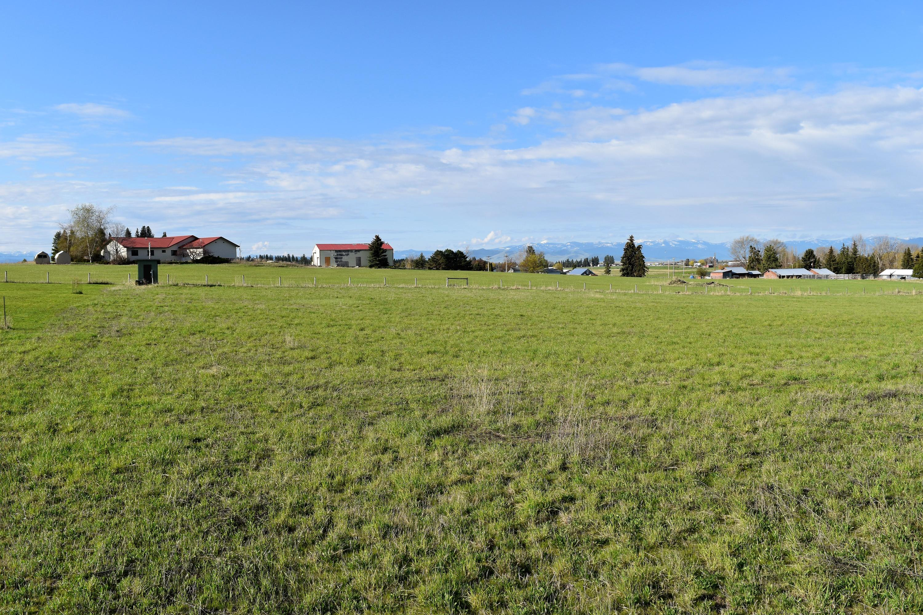 Property Image #2 for MLS #21917602