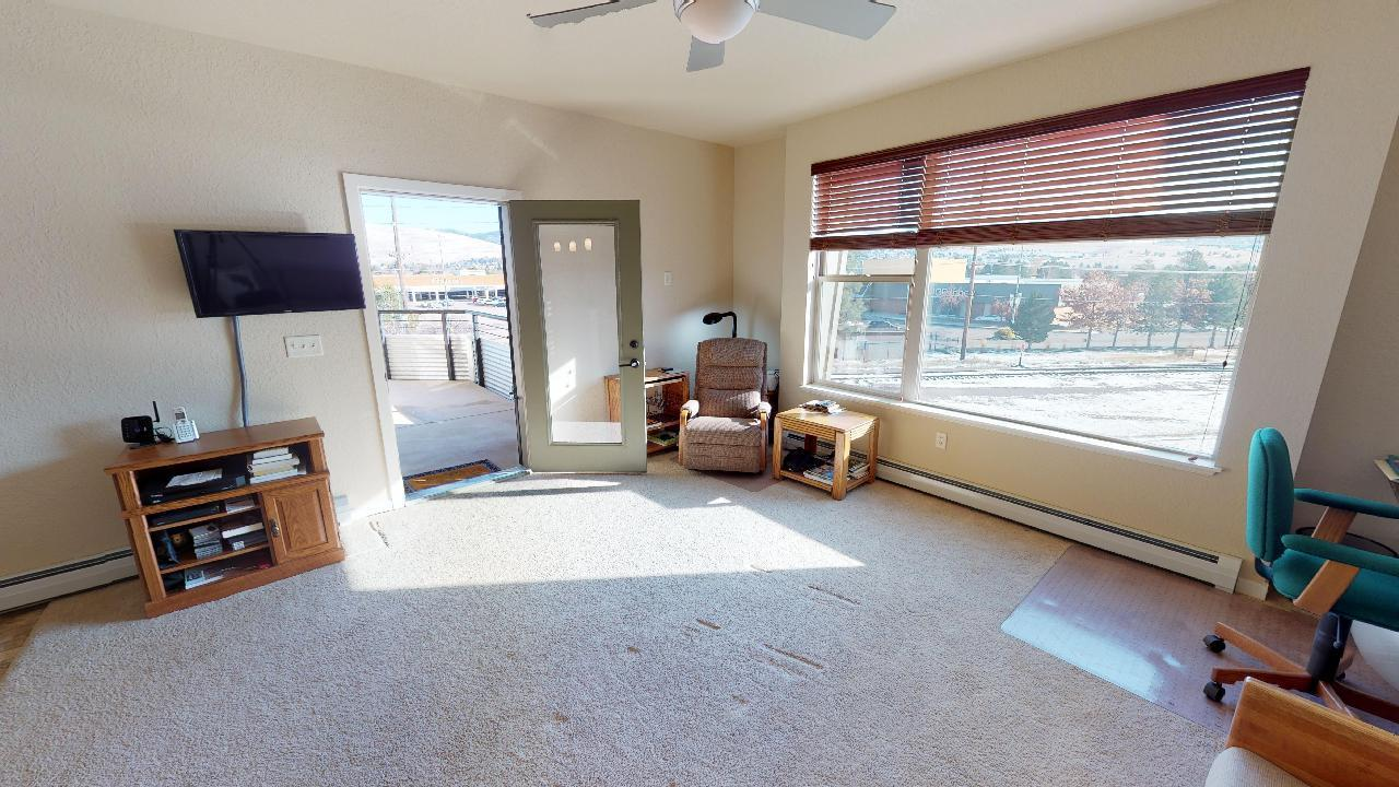Property Image #2 for MLS #21917762
