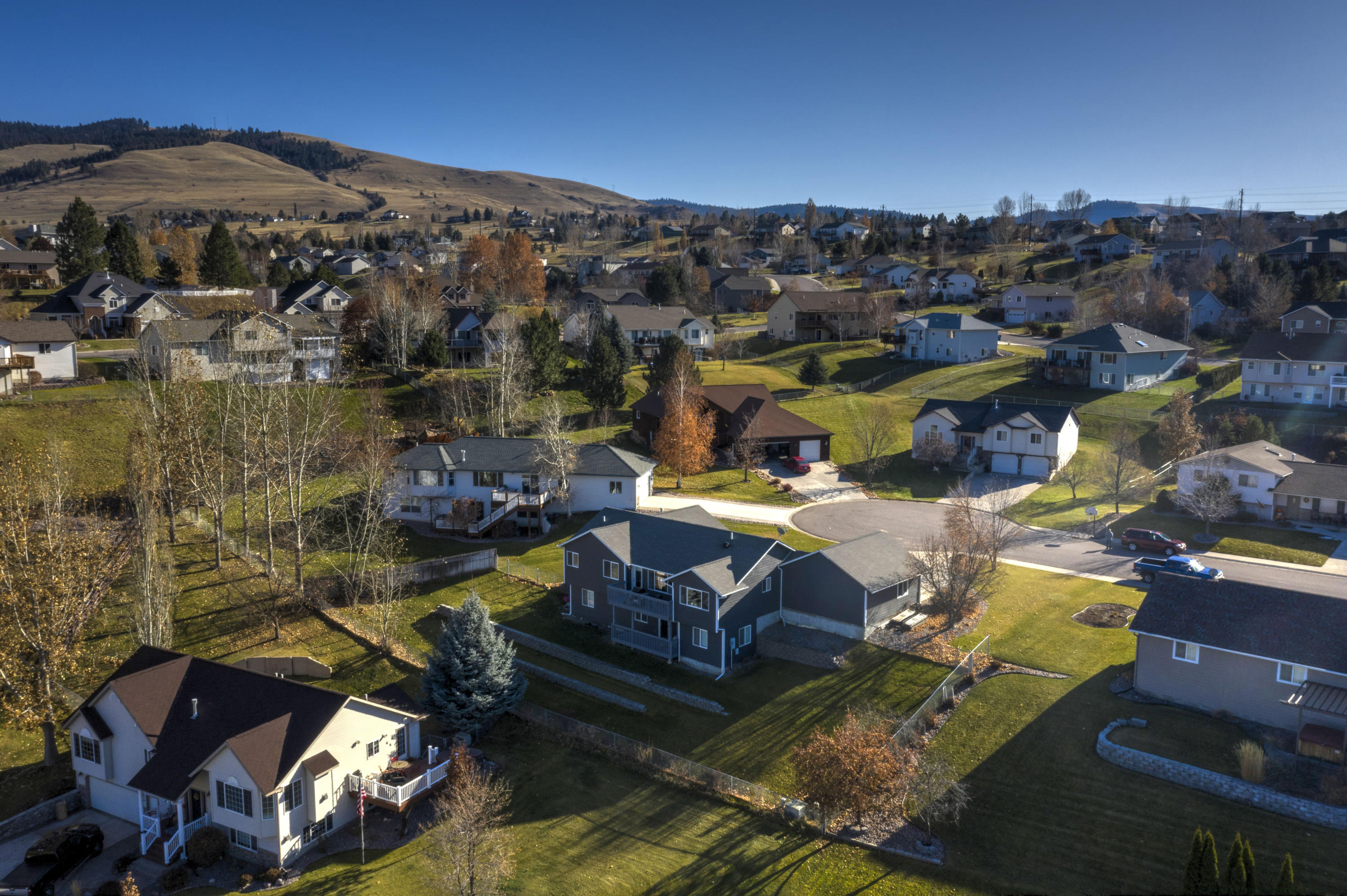Property Image #2 for MLS #21918000