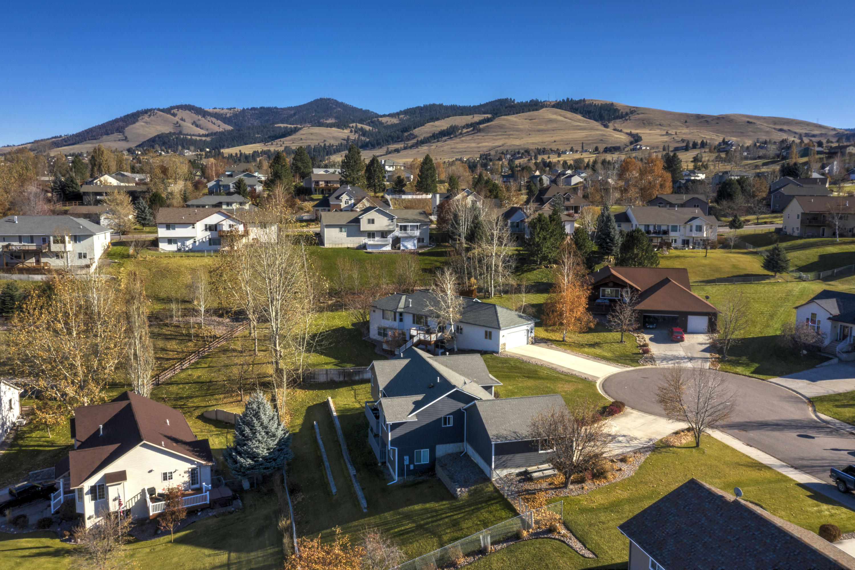 Property Image #3 for MLS #21918000