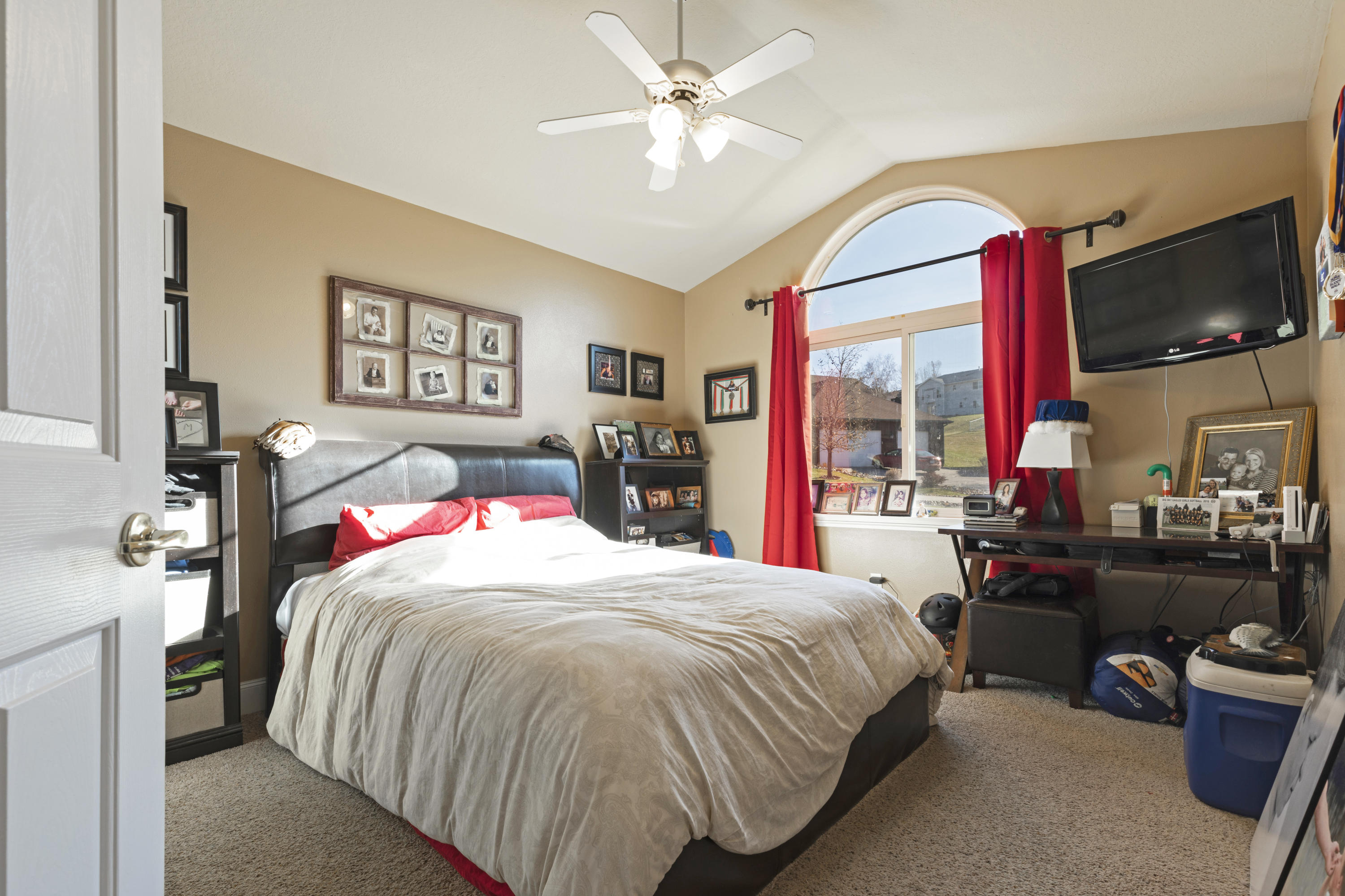 Property Image #27 for MLS #21918000