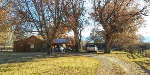 300 Oertli Lane, Hamilton, MT 59840