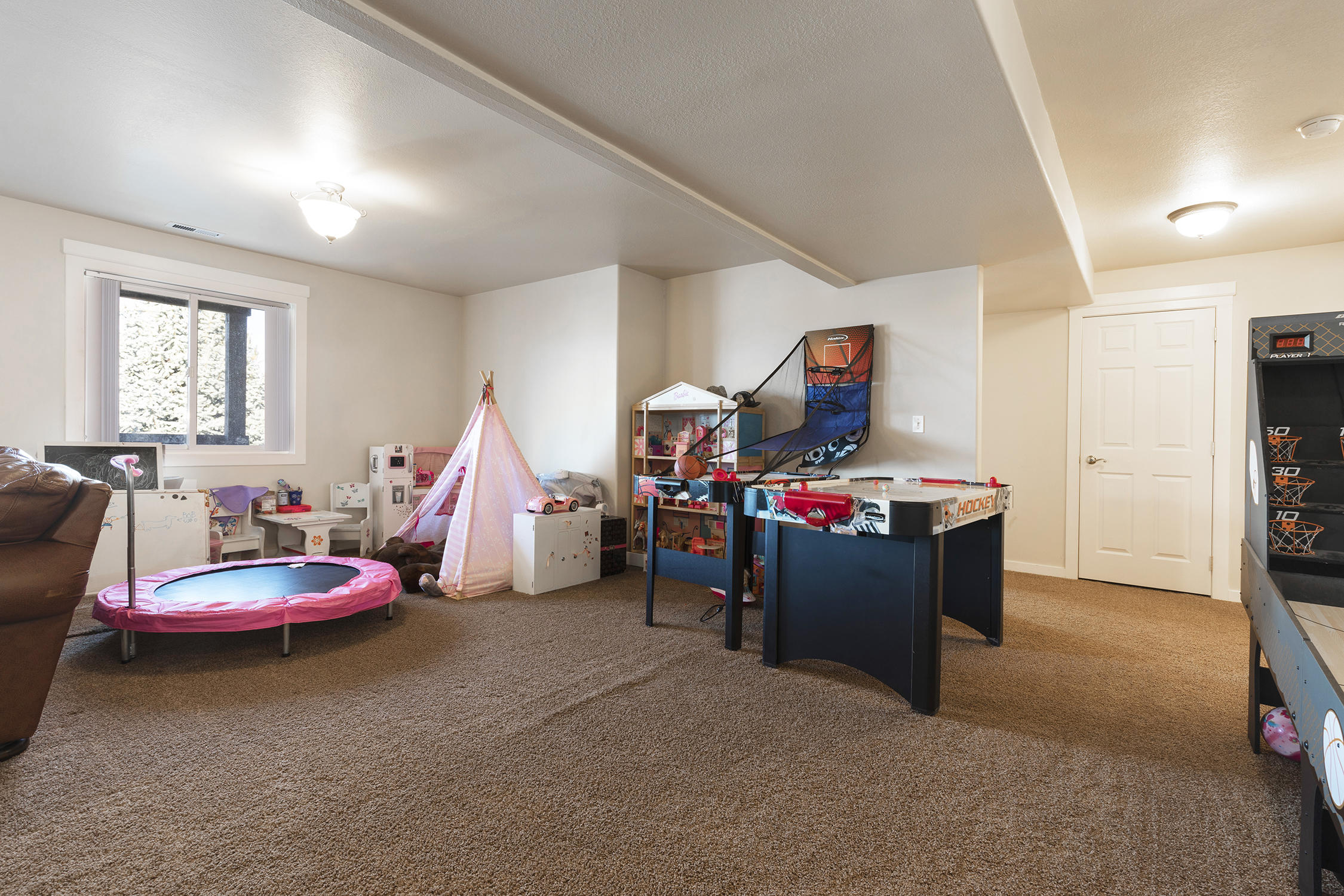 Property Image #33 for MLS #21918000