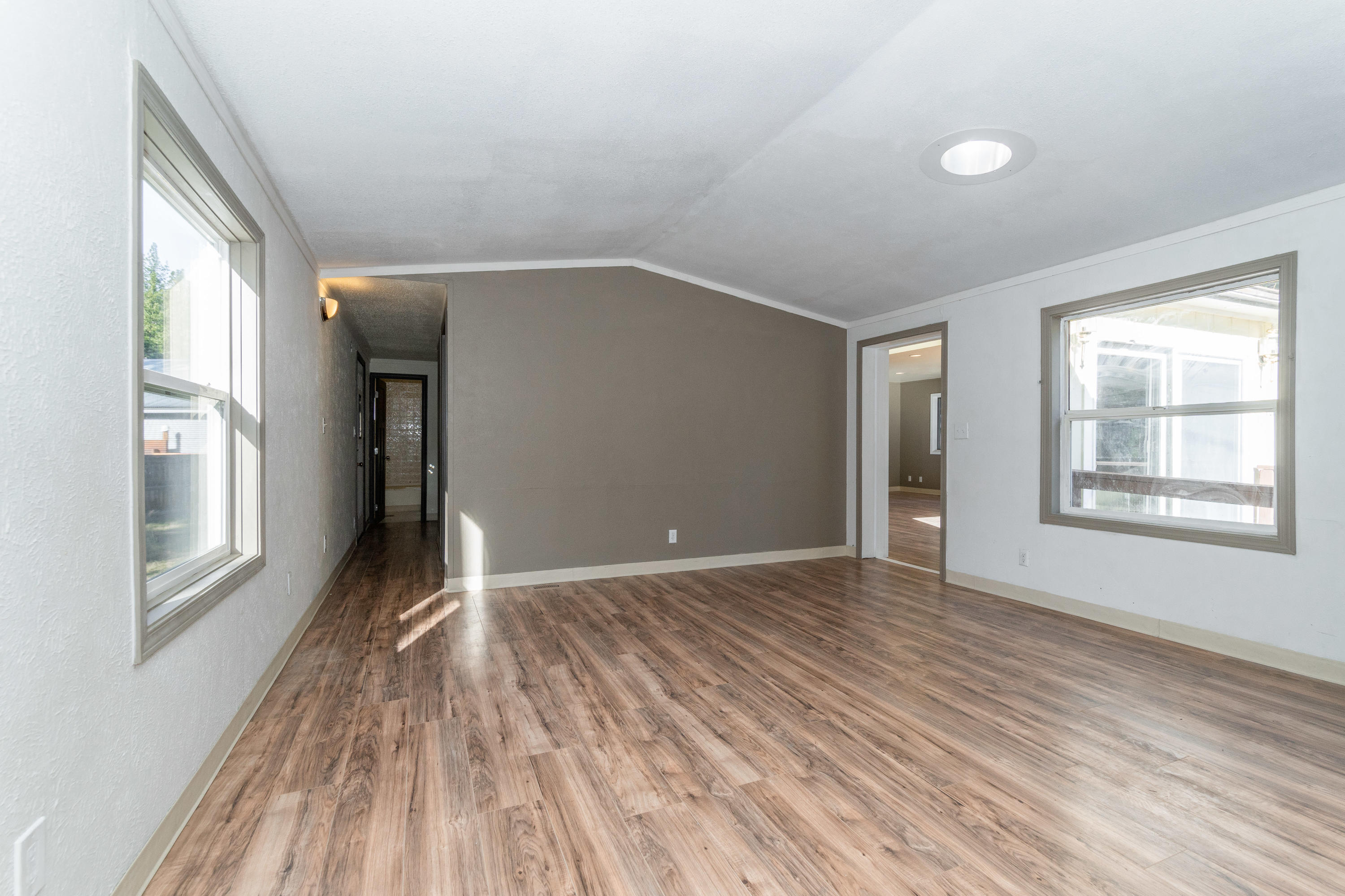 Property Image #2 for MLS #21918210