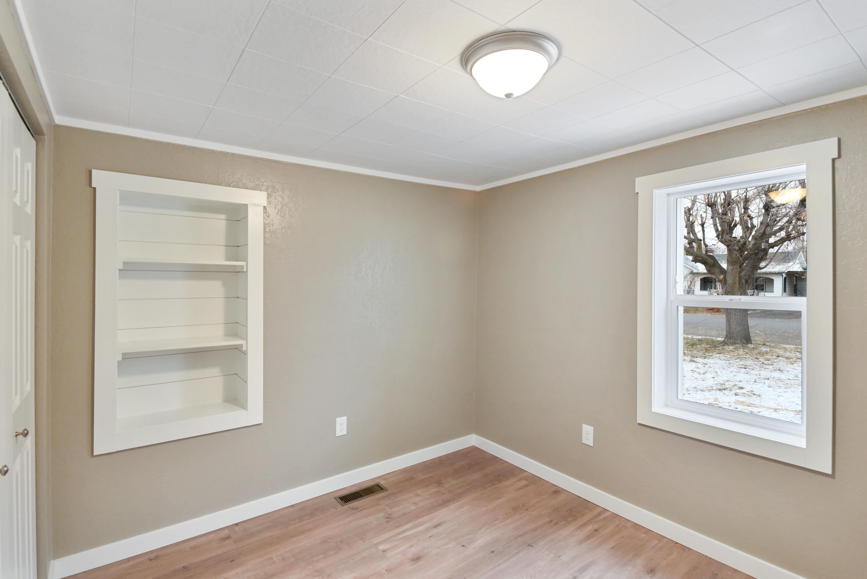 Property Image #6 for MLS #21918260