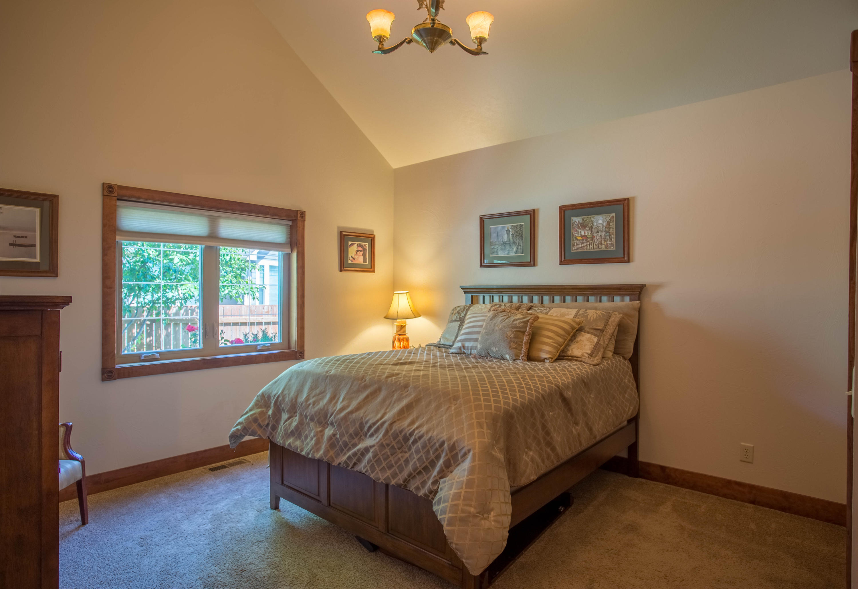 Property Image #2 for MLS #21918191