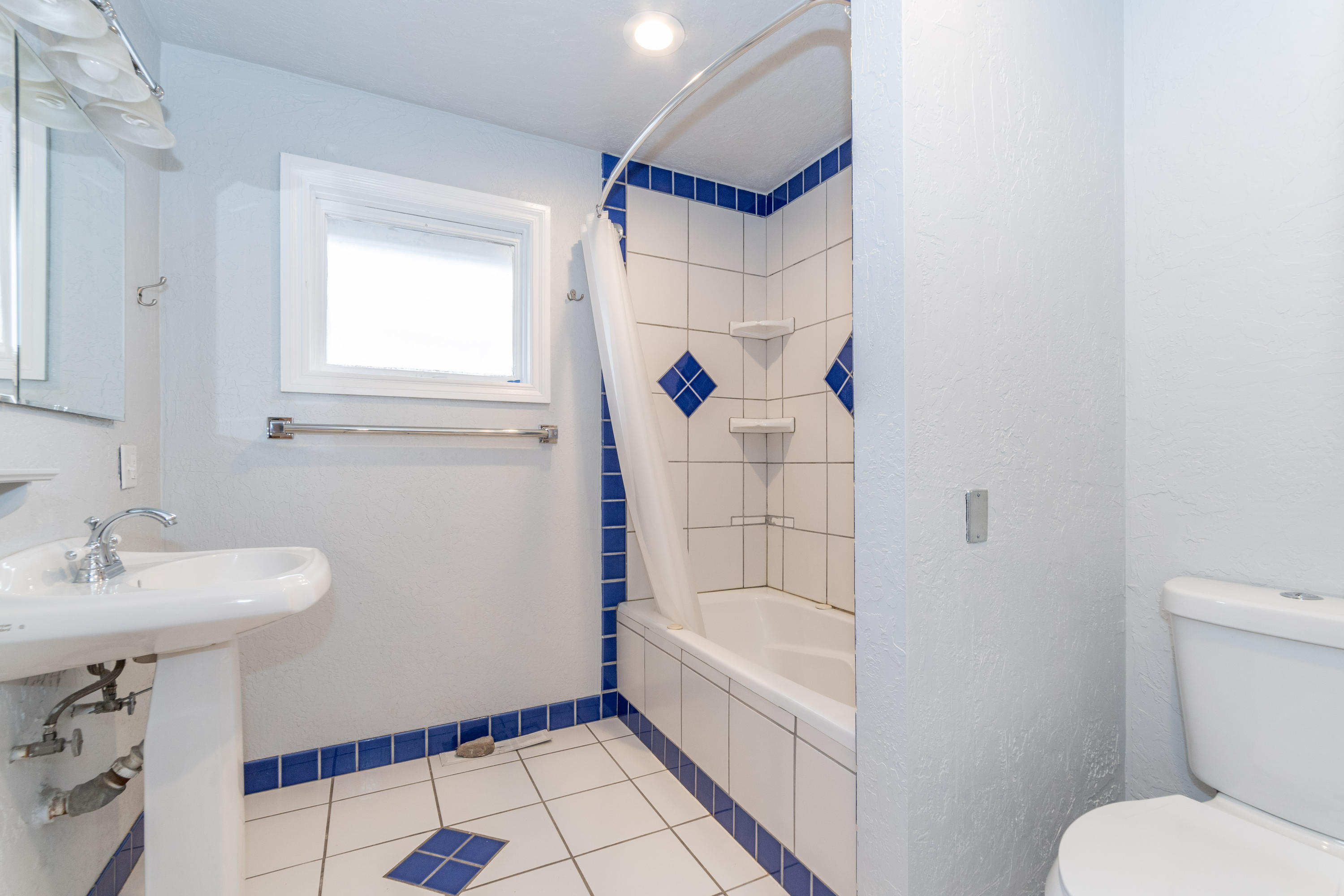 Property Image #10 for MLS #21918273
