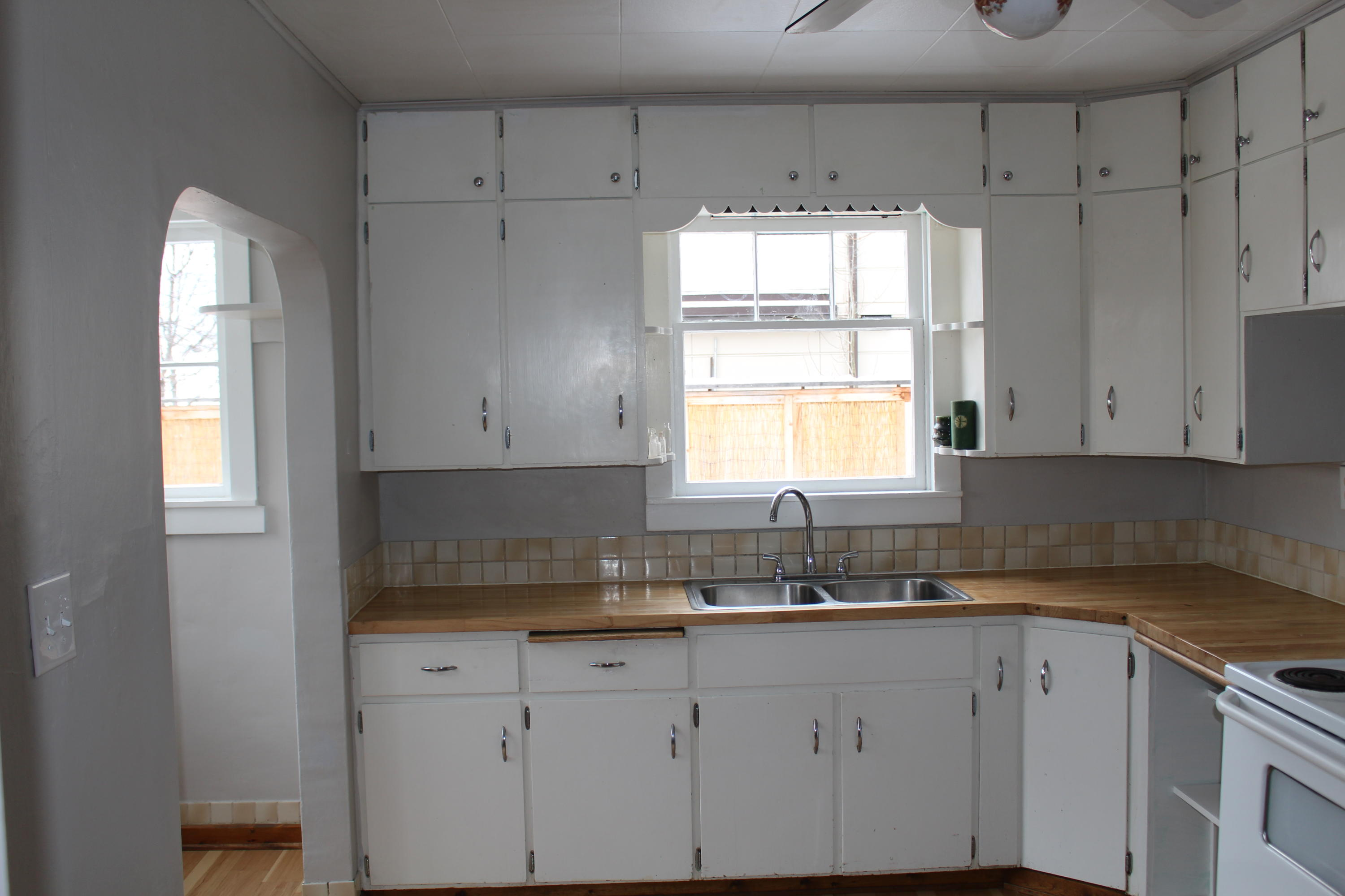 Property Image #3 for MLS #21915382