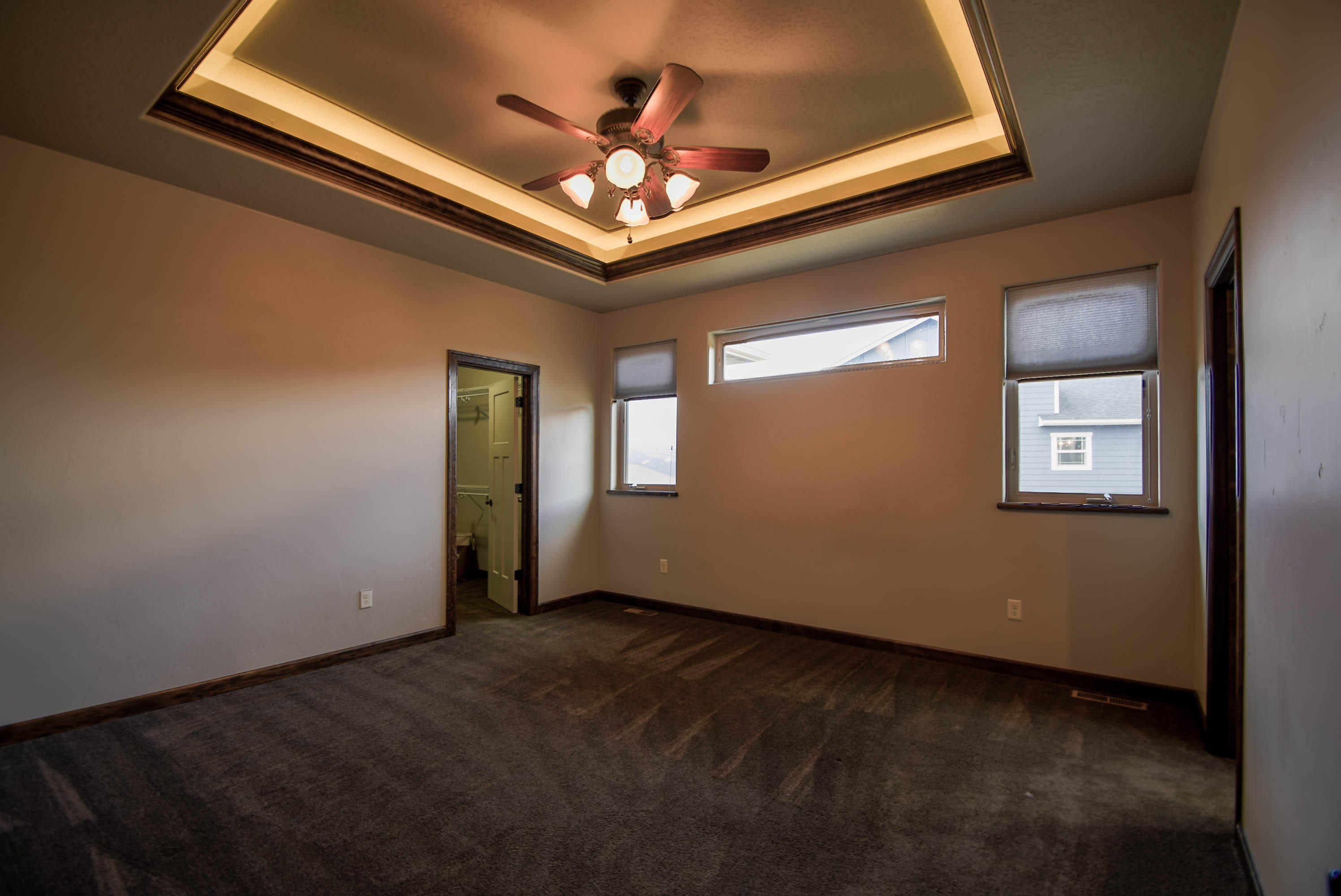 Property Image #3 for MLS #22000330