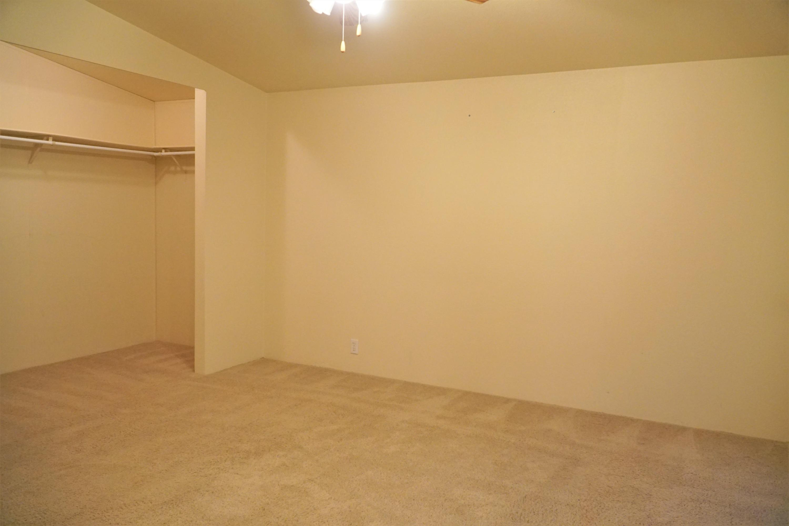 Property Image #5 for MLS #22000468