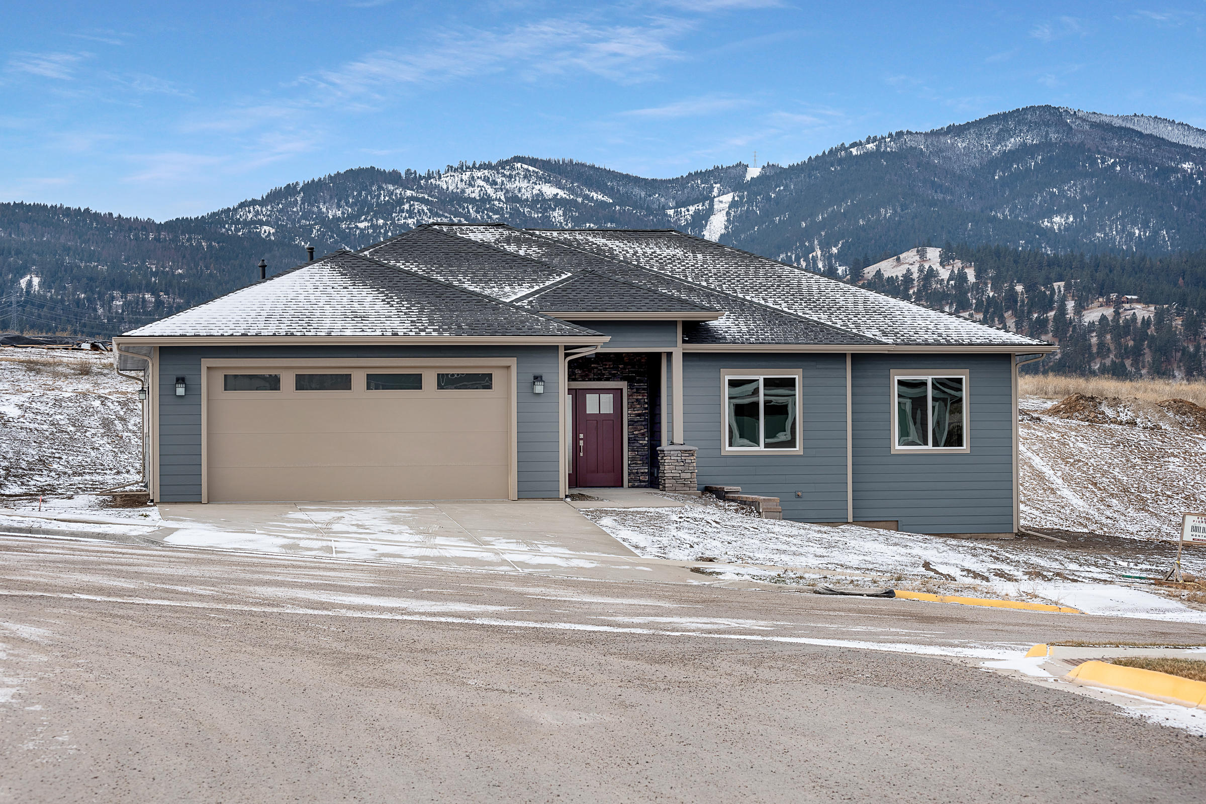 Property Image #1 for MLS #21917160