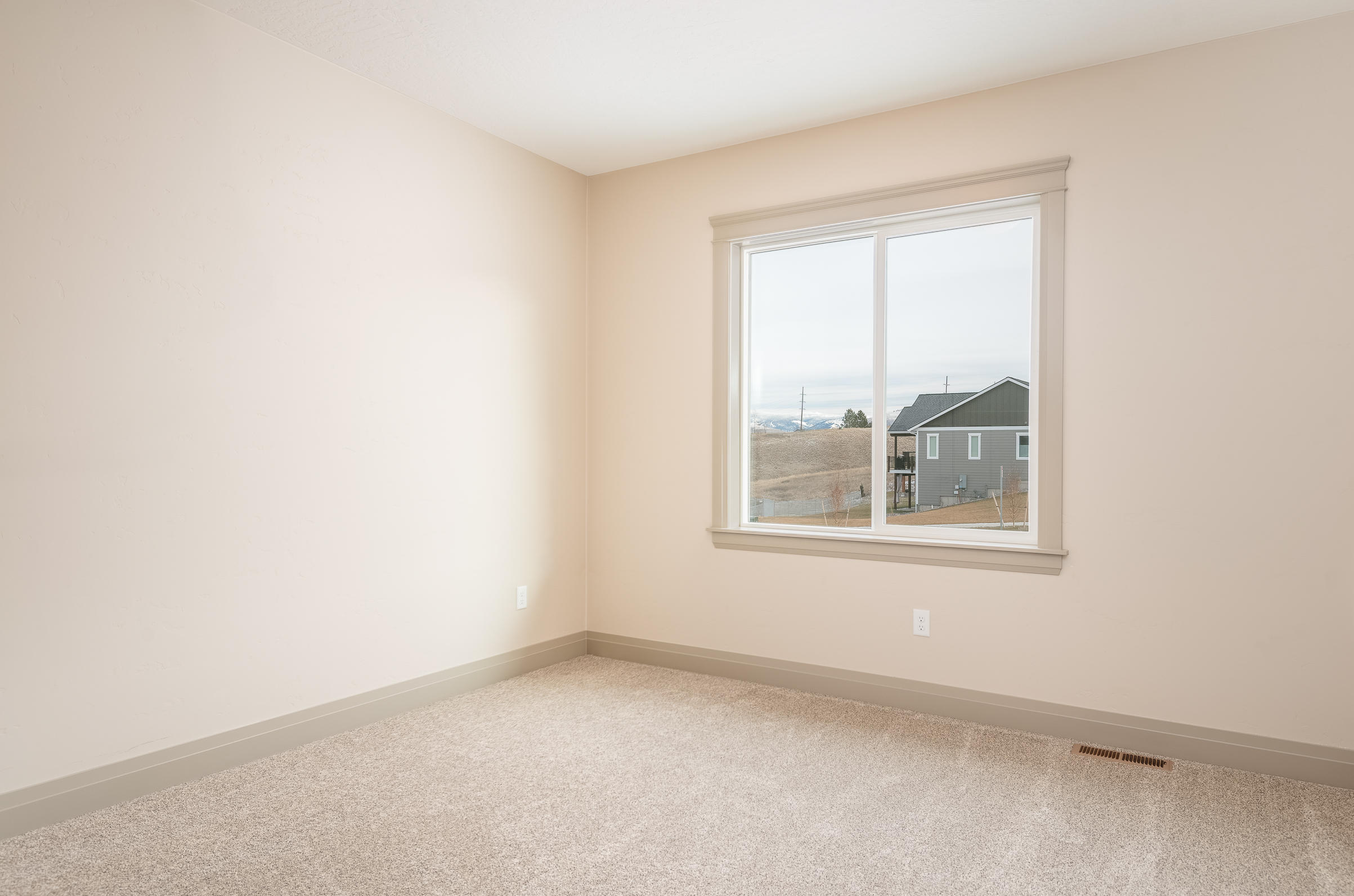 Property Image #9 for MLS #21917160