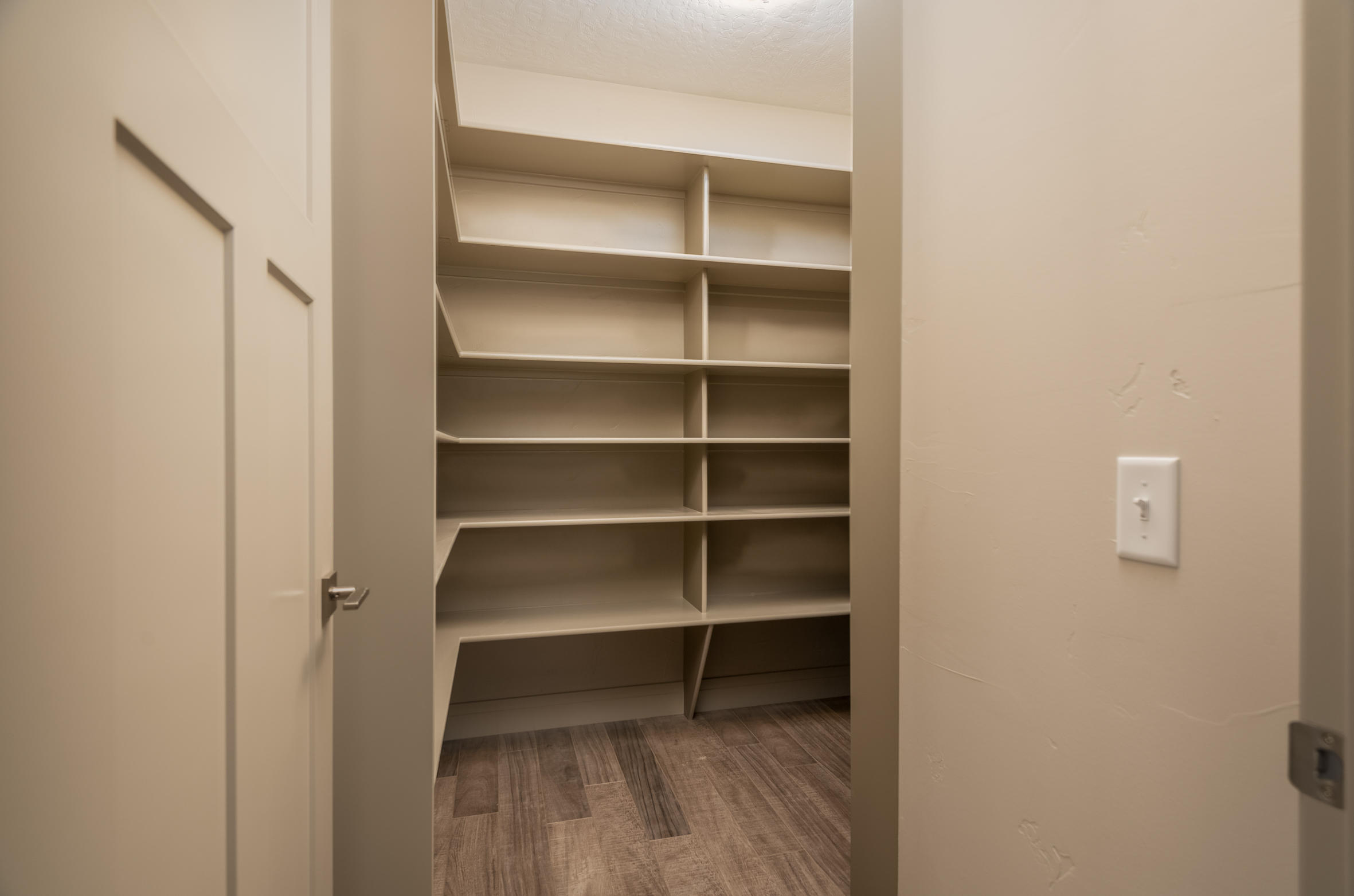 Property Image #5 for MLS #21917160